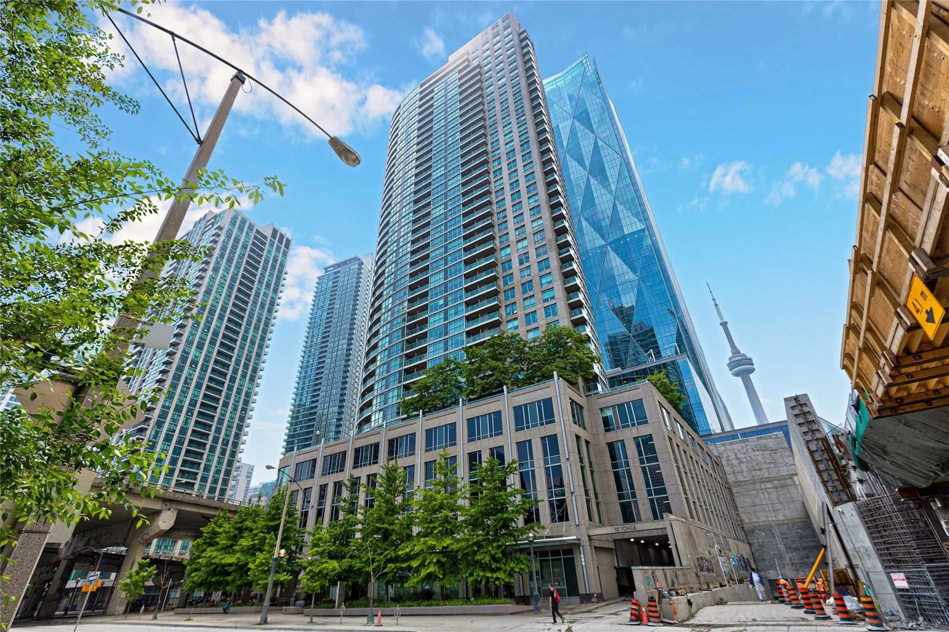 18 Yonge St, unit 1006 for sale in Toronto - image #1