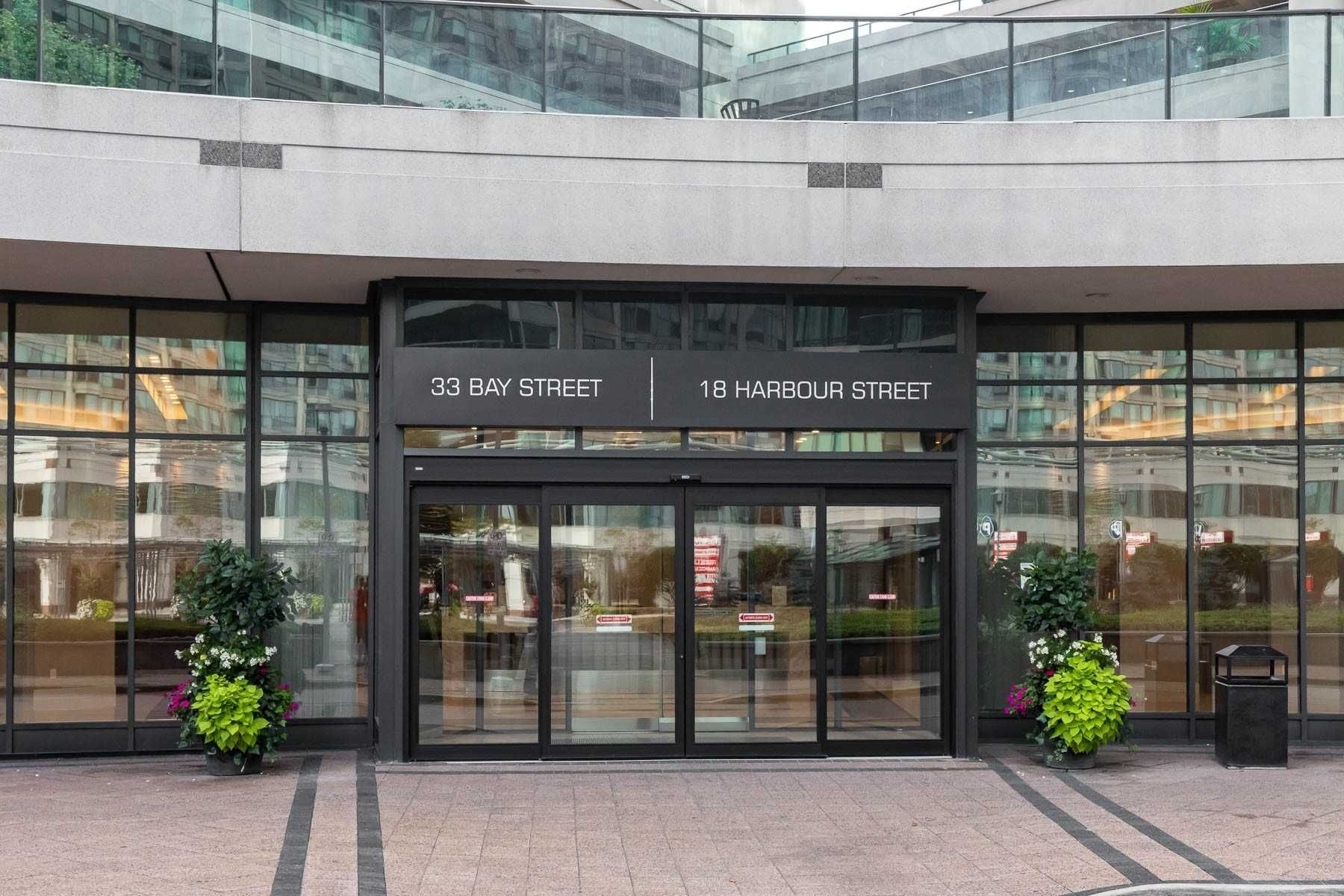 33 Bay St, unit 3505 for rent in Toronto - image #2