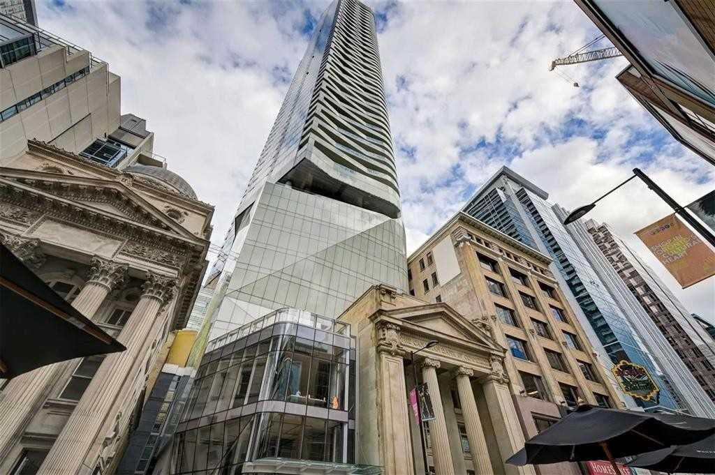 197 Yonge St, unit 2710 for rent in Toronto - image #1