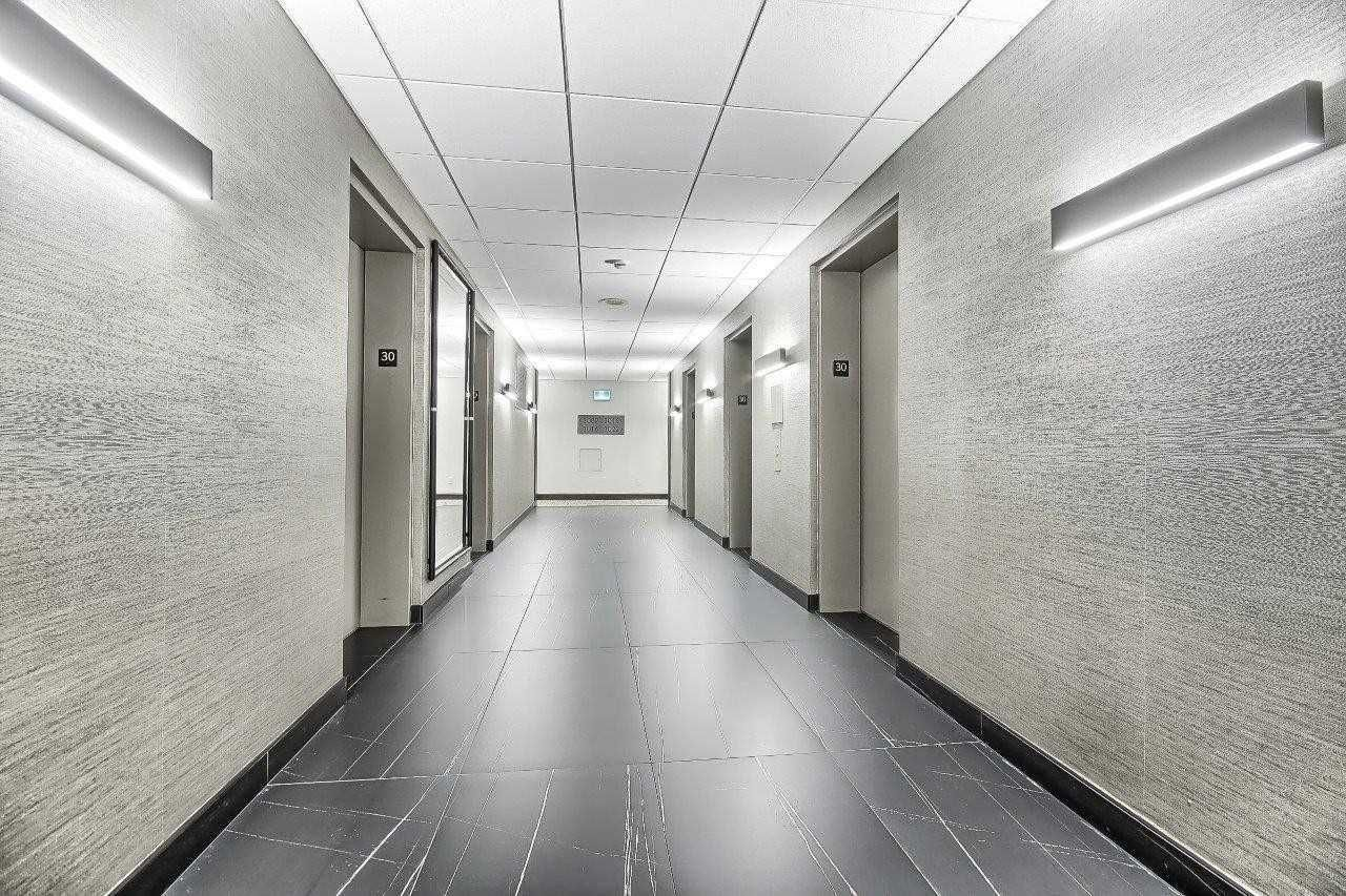 25 The Esplanade St, unit 3009 for sale in Toronto - image #2