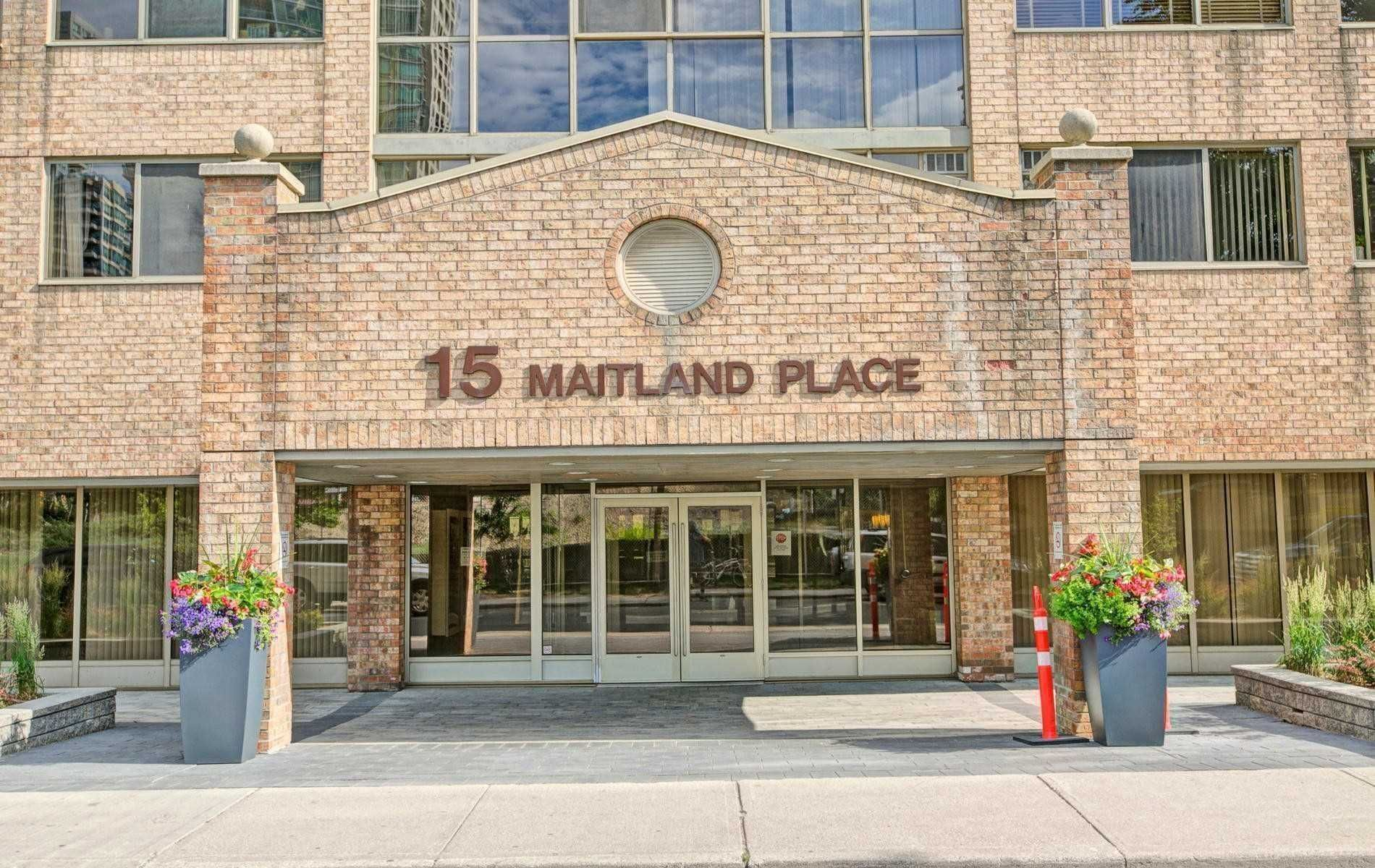 15 Maitland Pl, unit 1507 for sale in Cabbagetown - image #2