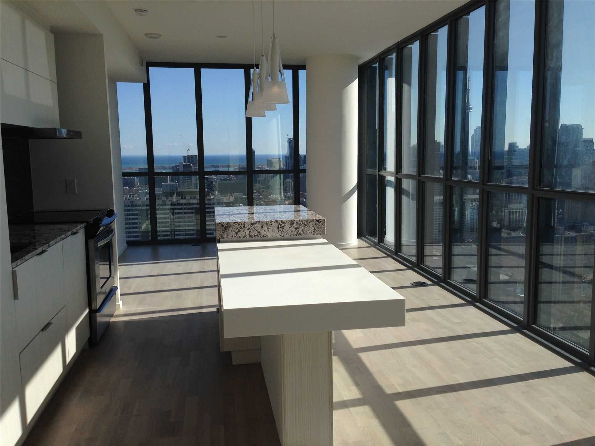101 Charles St, unit 3204 for sale in Yonge and Bloor - image #2