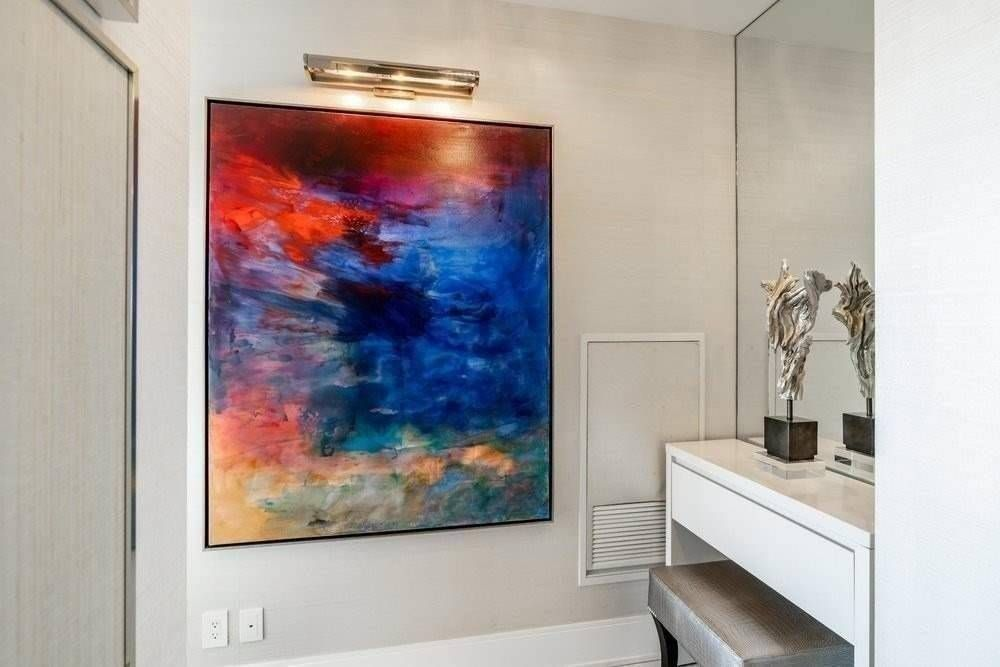 42 Charles St E, unit 5205 for sale in Yonge and Bloor - image #2