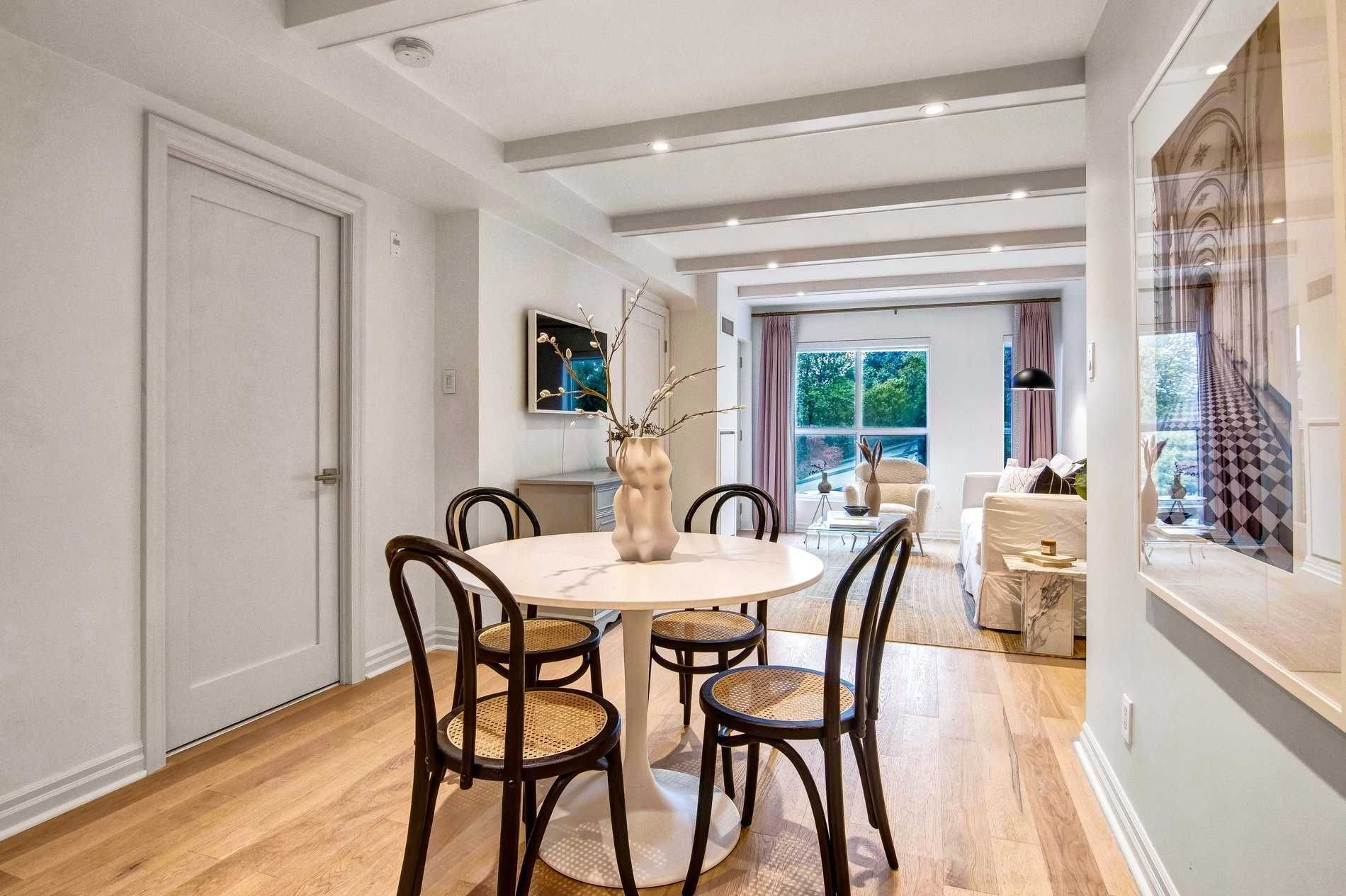 1174 Yonge St, unit 301 for sale in Yonge and St. Clair - image #2