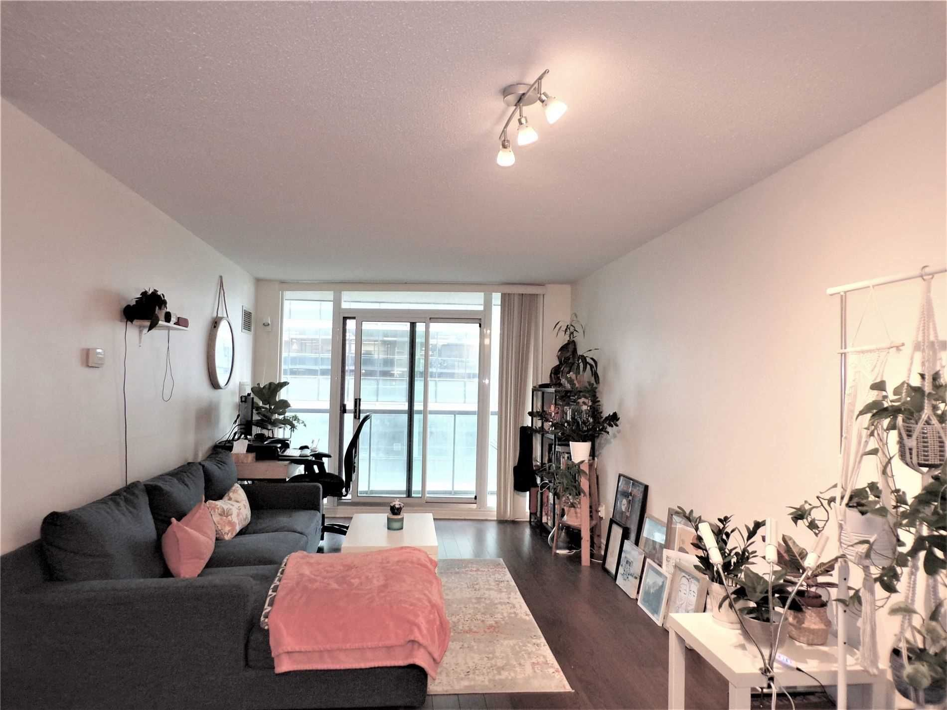 30 Grand Trunk Cres, unit 2708 for rent in City Centre - image #2