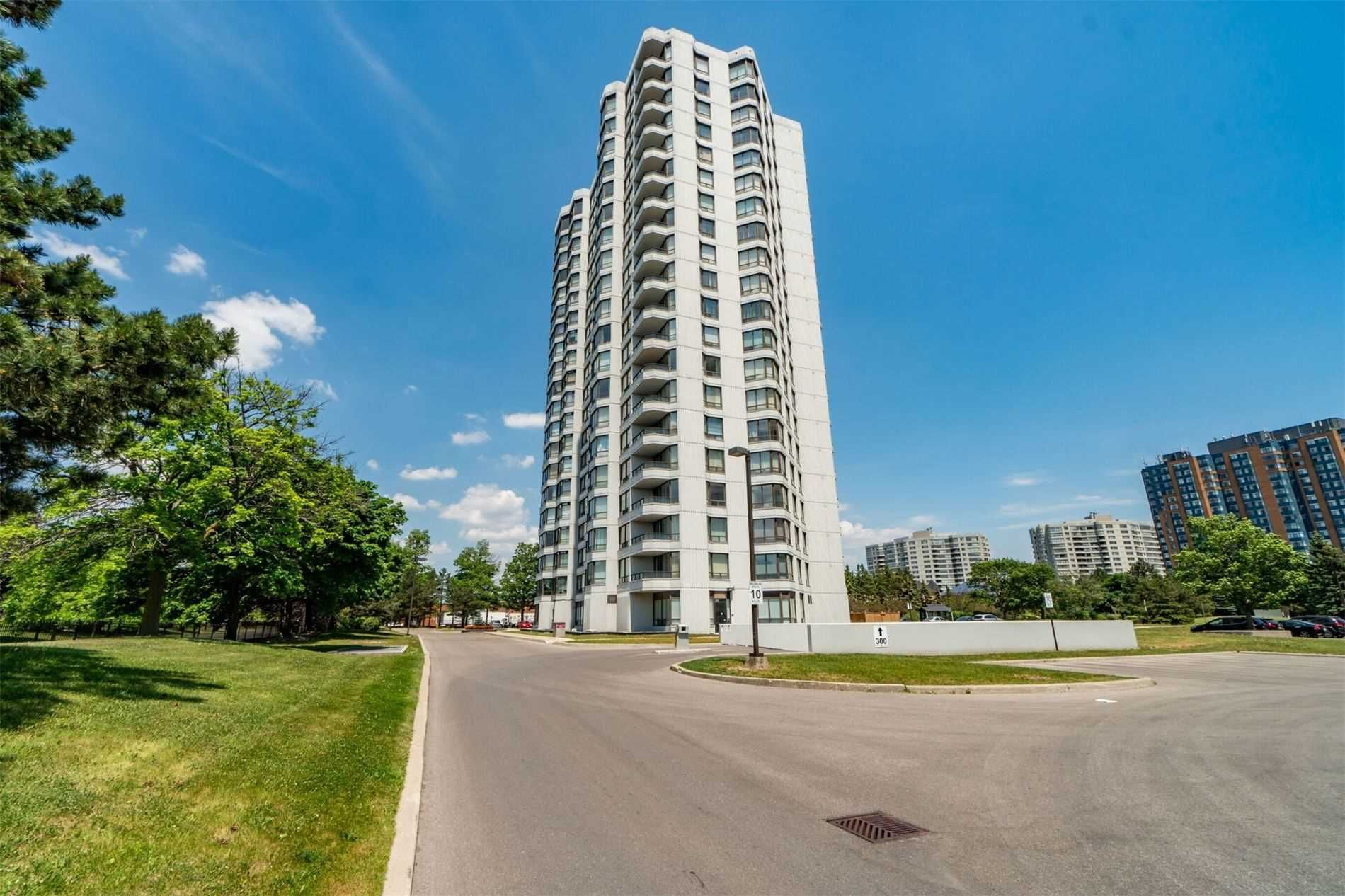 300 Alton Towers Circ, unit 702 for sale in Toronto - image #2