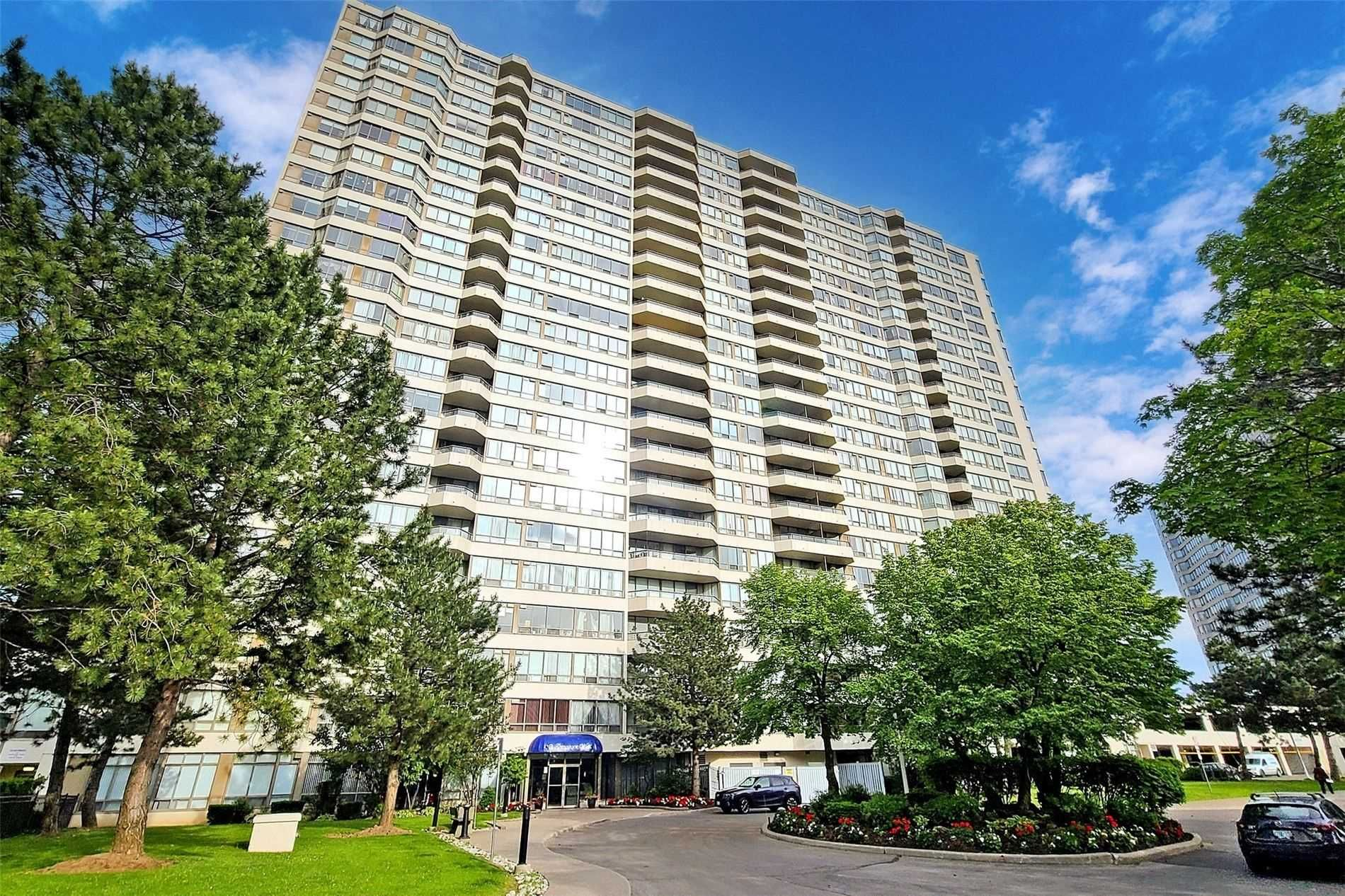 3 Greystone Walk Dr, unit 928 for sale in Toronto - image #1
