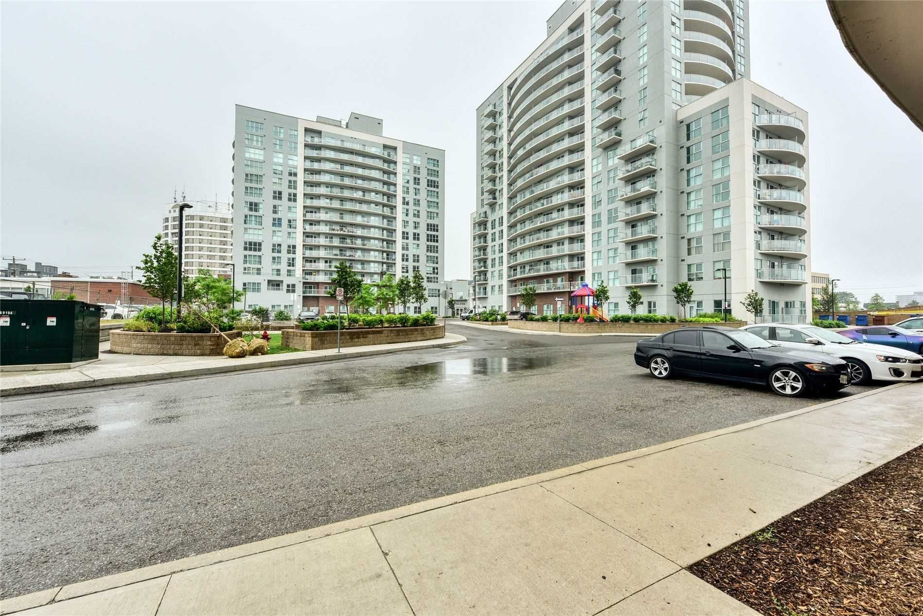 2152 Lawrence Ave E, unit 1107 for sale in Toronto - image #2
