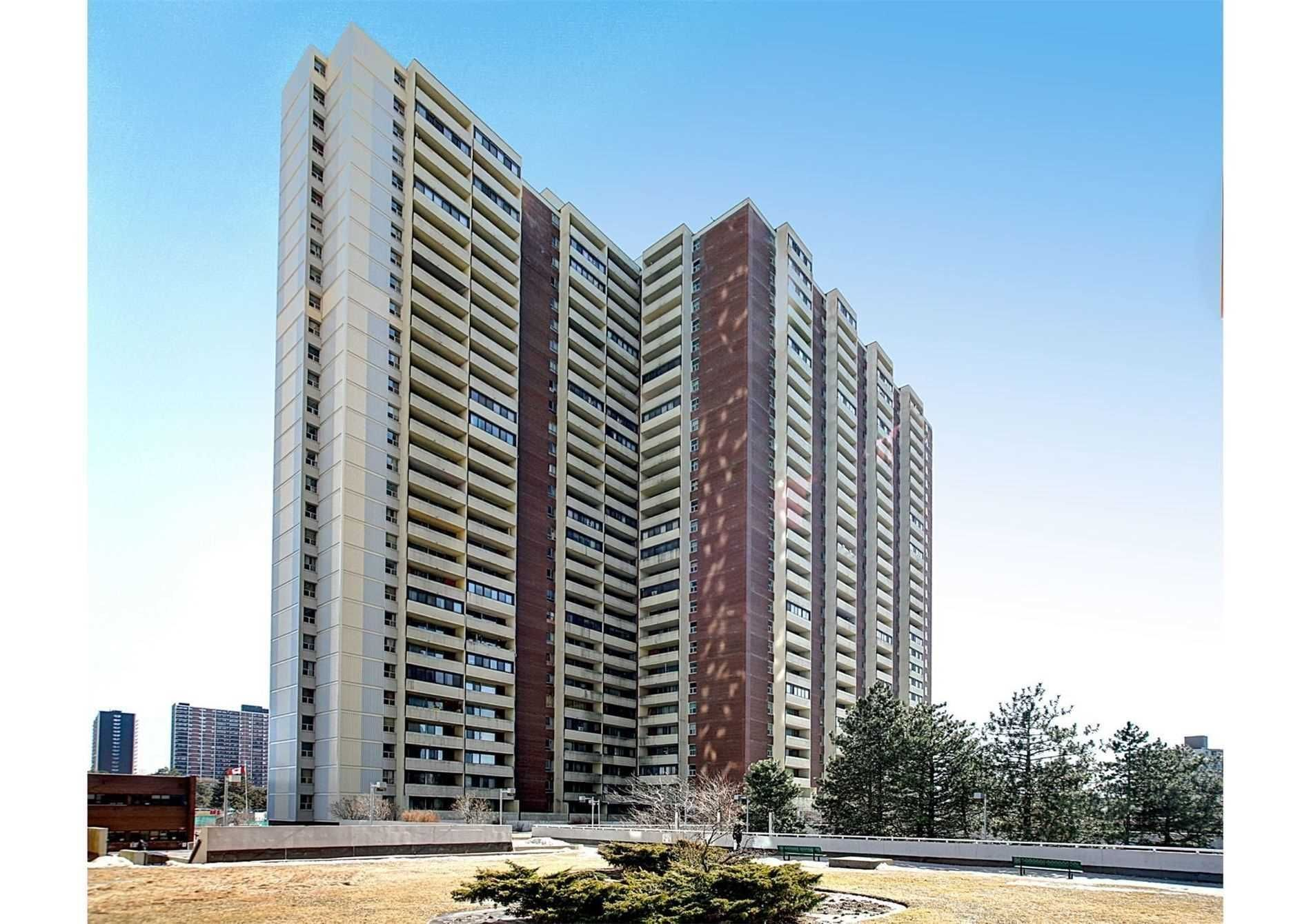 5 Massey Sq, unit 1201 for sale in Toronto - image #1