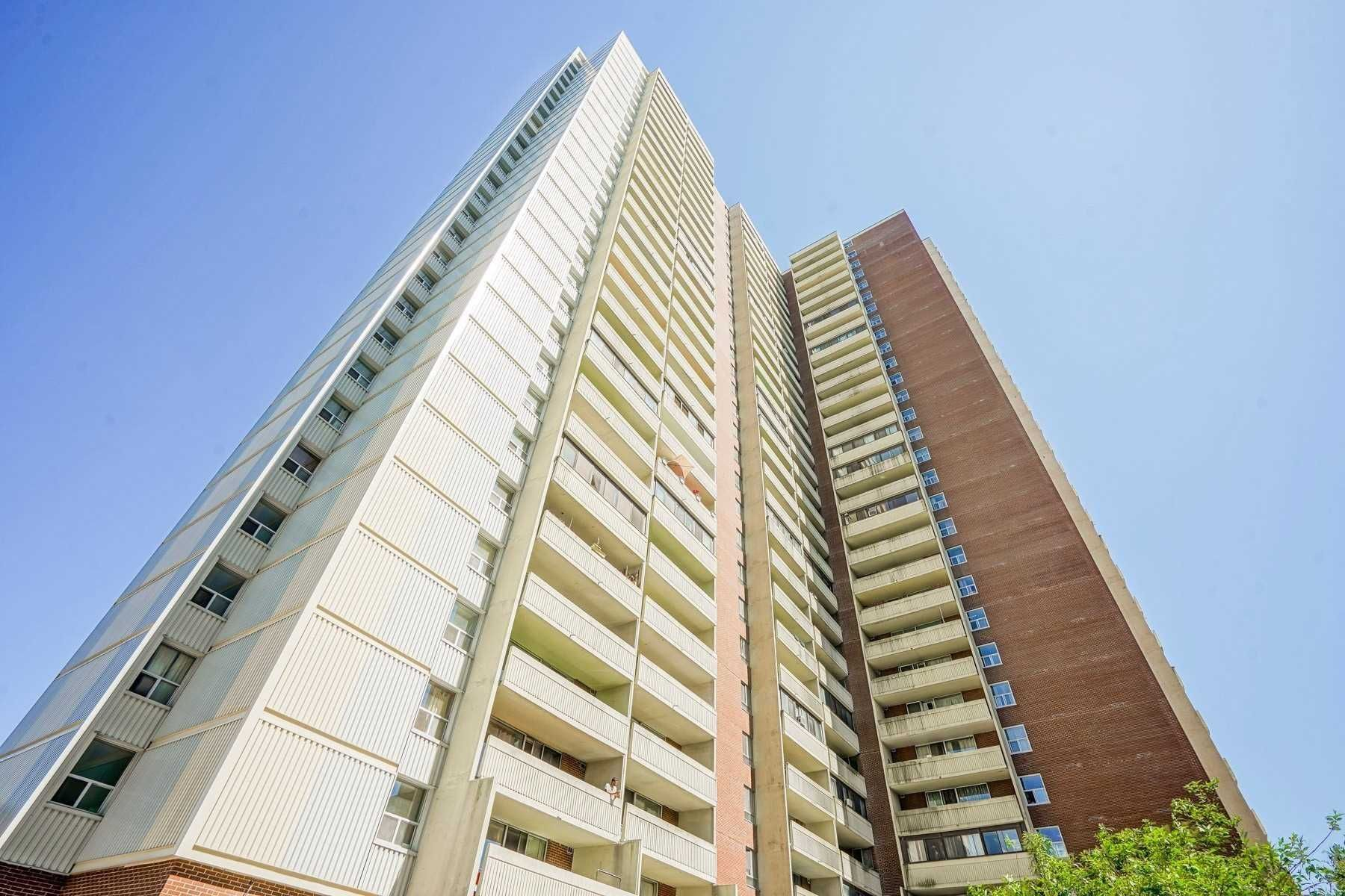 5 Massey Sq, unit 1201 for sale in Toronto - image #2