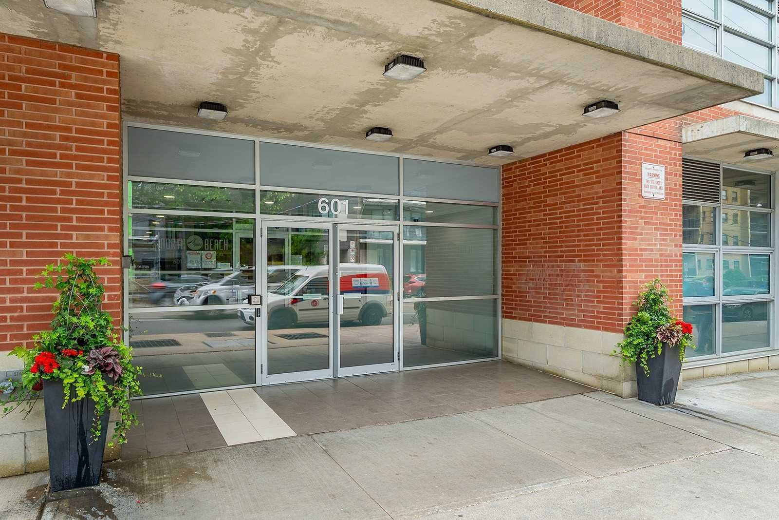 601 Kingston Rd, unit 303 for sale in Toronto - image #2
