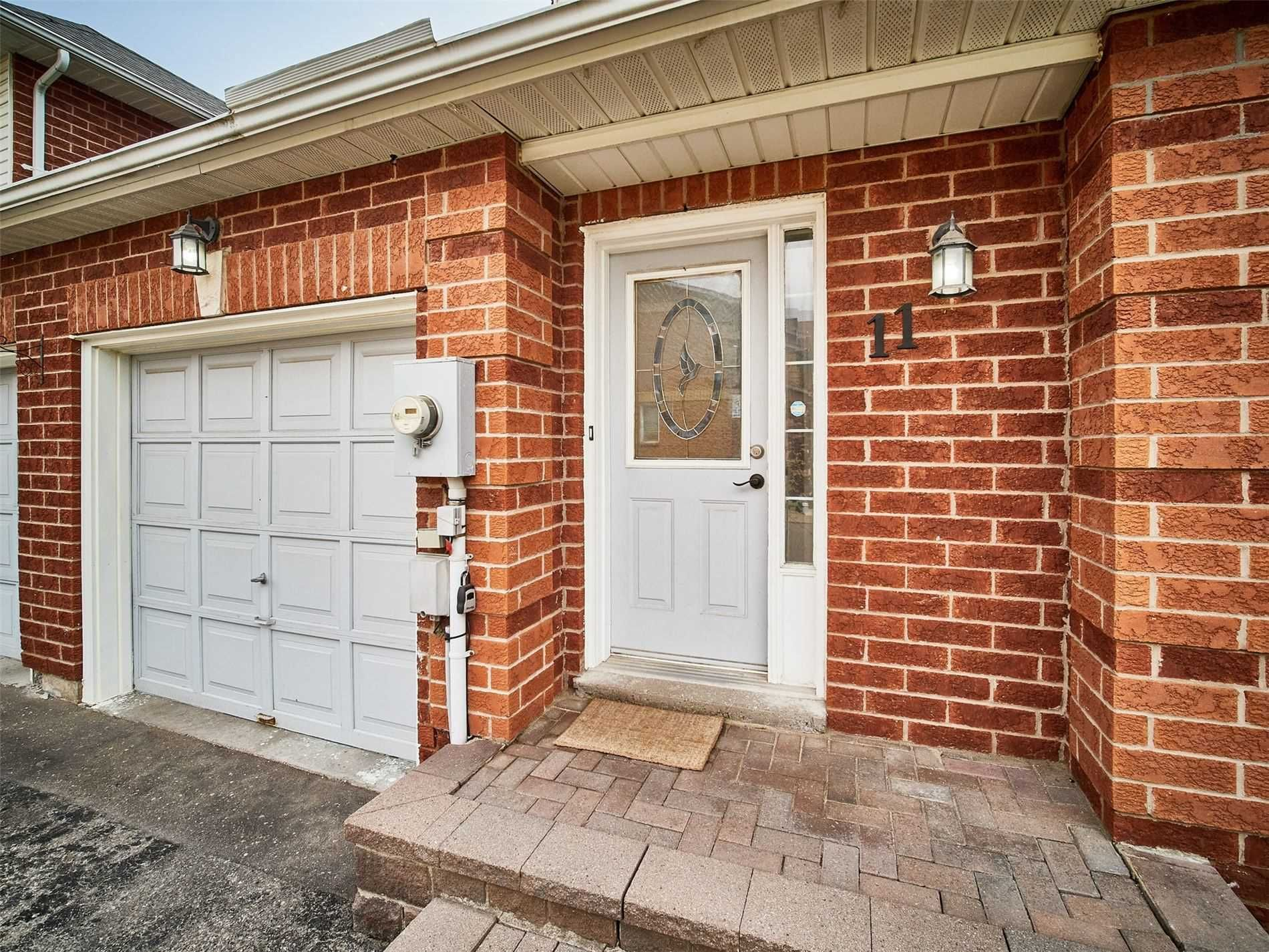 811 Wilson Rd N, unit 11 for sale in Toronto - image #2