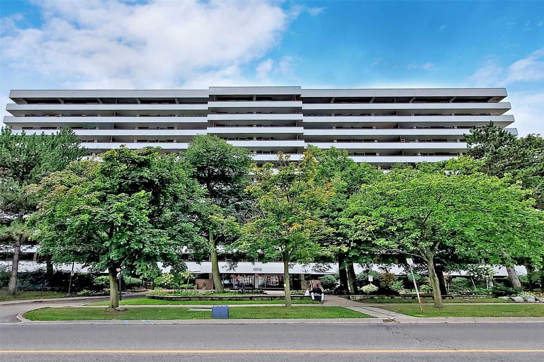1 Royal Orchard Blvd, unit 1207 for sale in Toronto - image #1