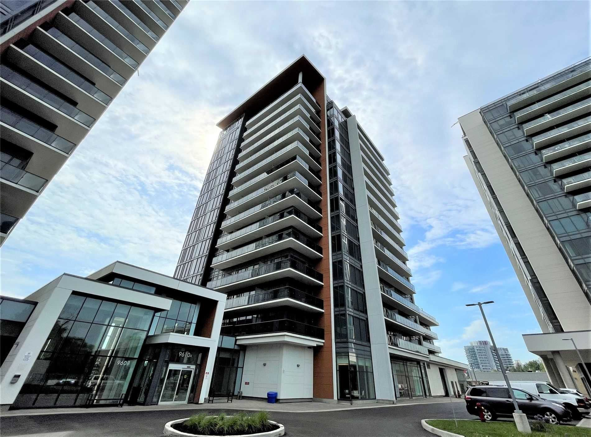 9600 Yonge St, unit 810B for sale in Toronto - image #1