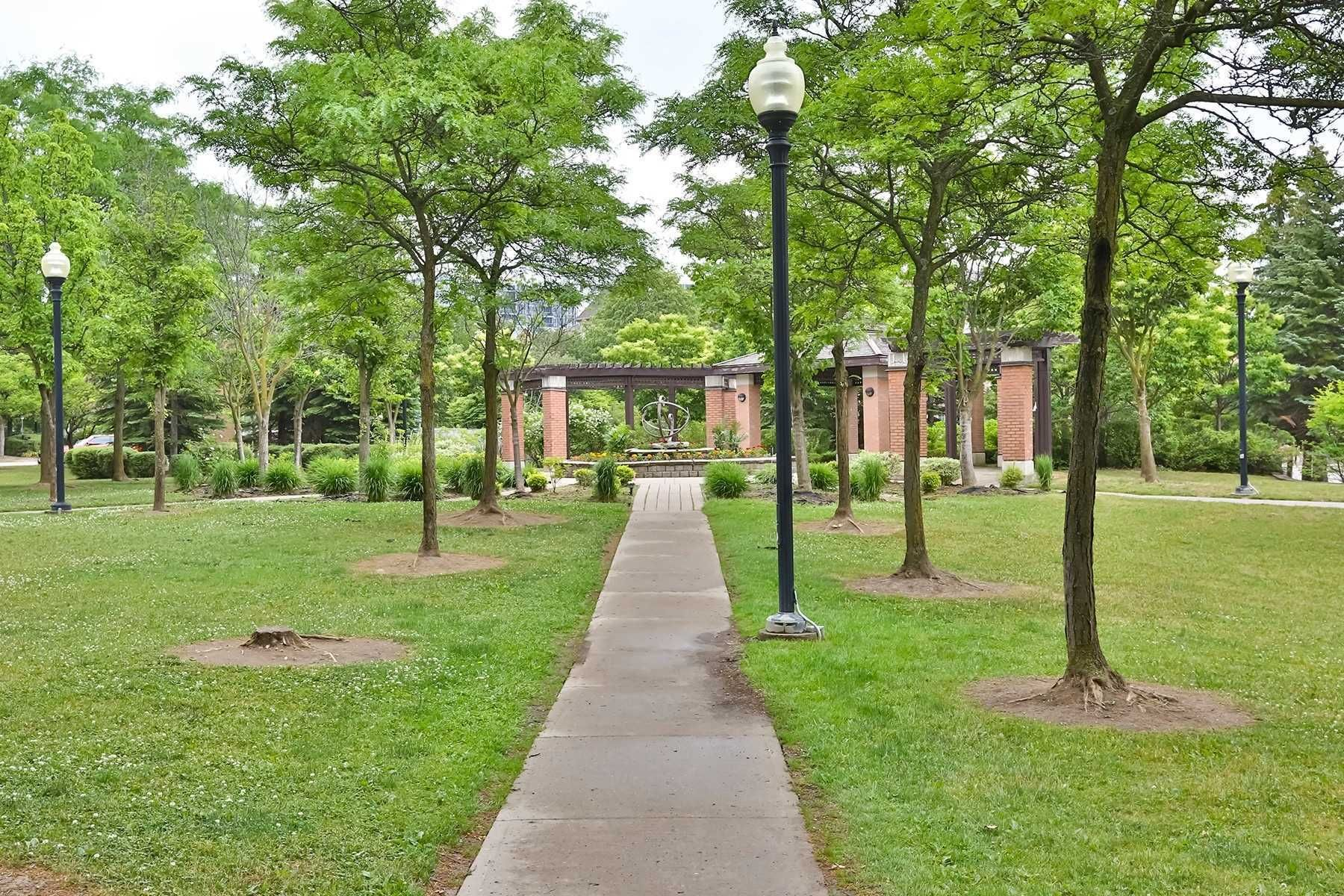 2 Alpen Way, unit 21 for sale in Toronto - image #2