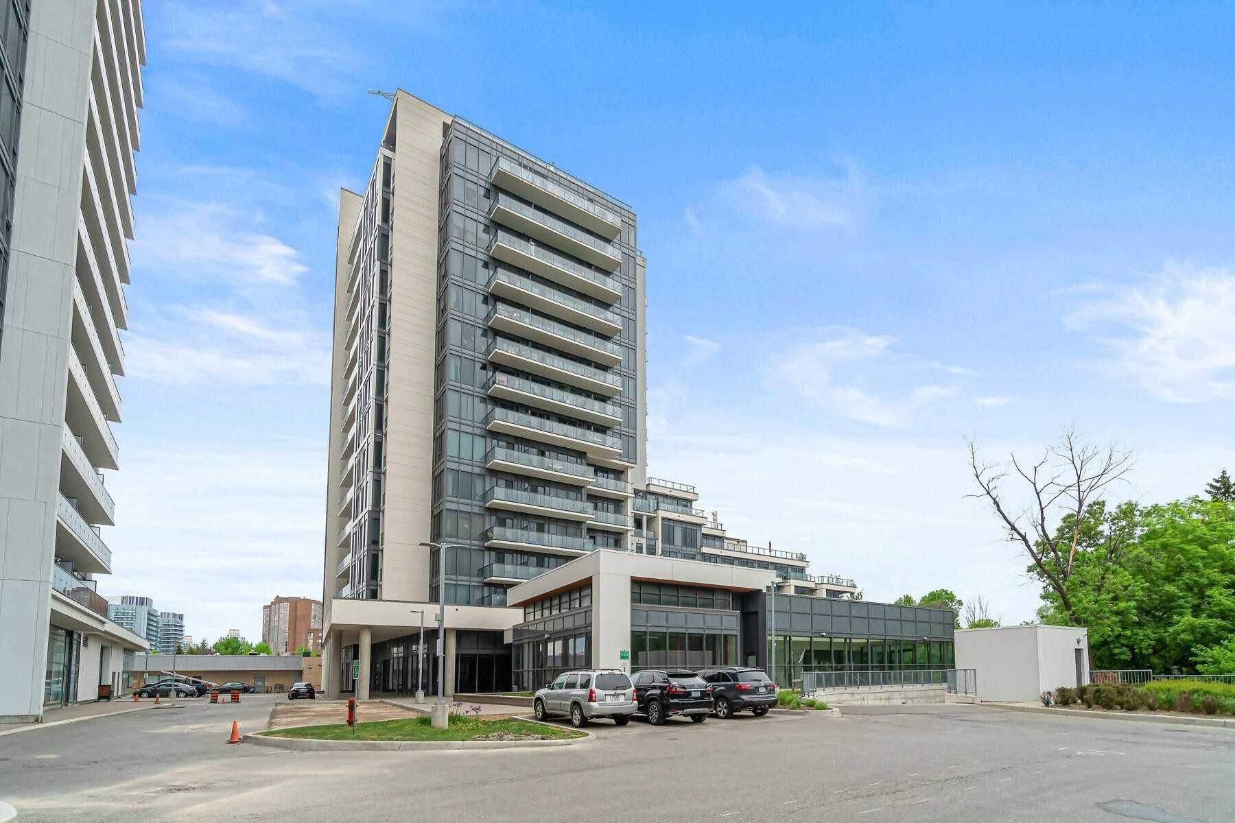 9618 Yonge St, unit 610 for sale in Toronto - image #2