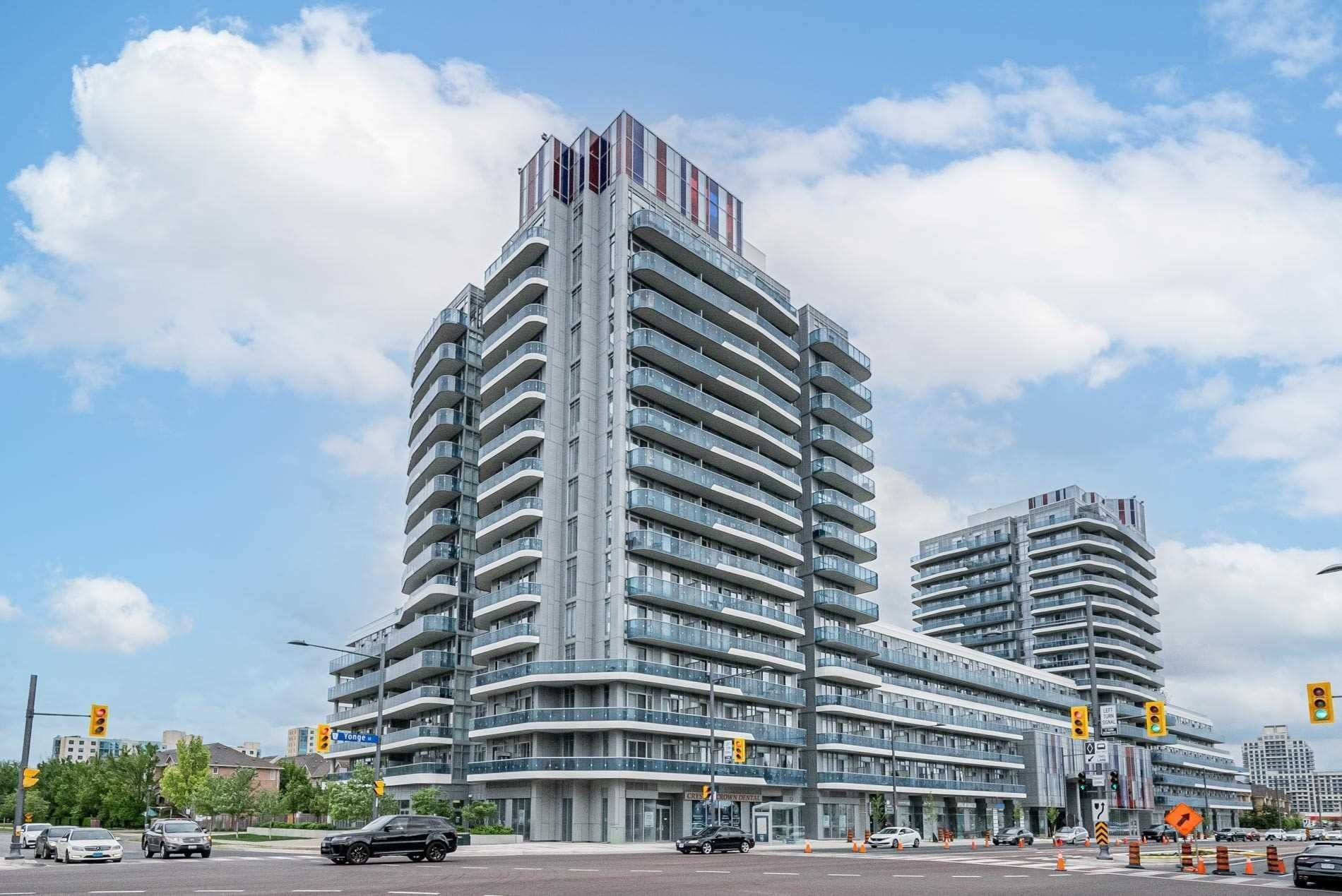 9471 Yonge St, unit 810 for sale in Toronto - image #2