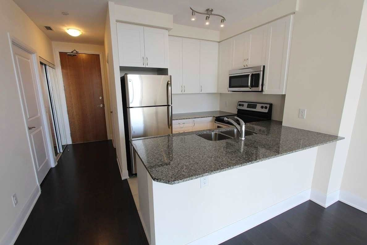 4700 Highway 7 Rd W, unit 702 for rent in Toronto - image #2