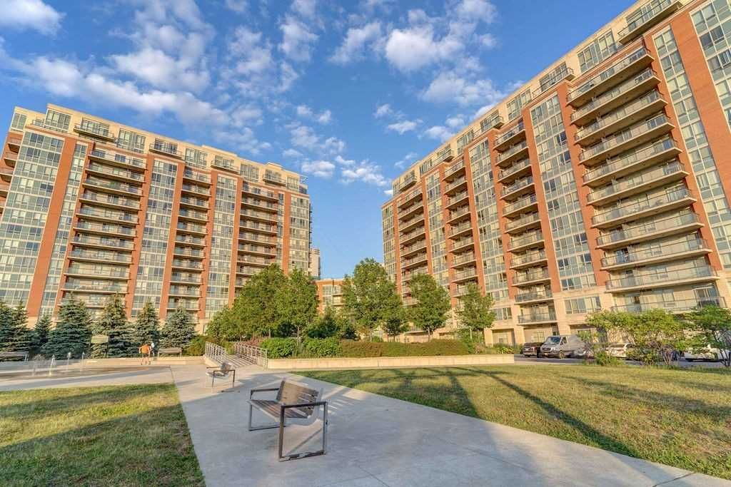 50 Clegg Rd, unit 703 for sale in Toronto - image #2