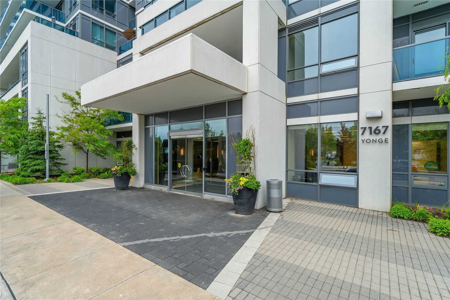 7167 Yonge St, unit 1005 for sale in Toronto - image #2
