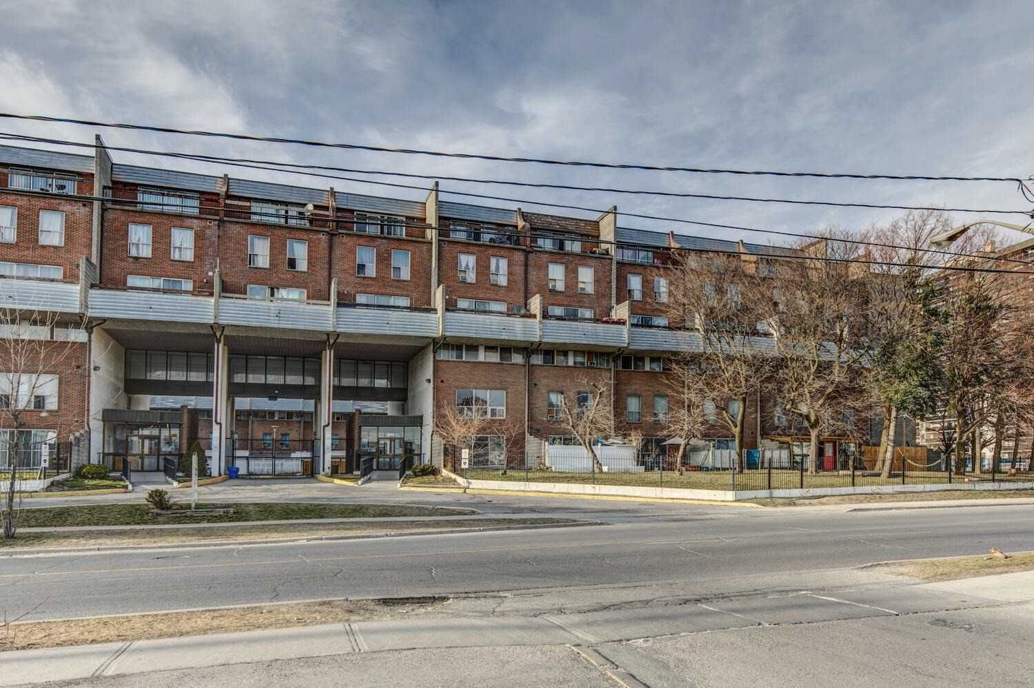 10 Eddystone Ave, unit 225 for sale in Jane and Finch - image #1
