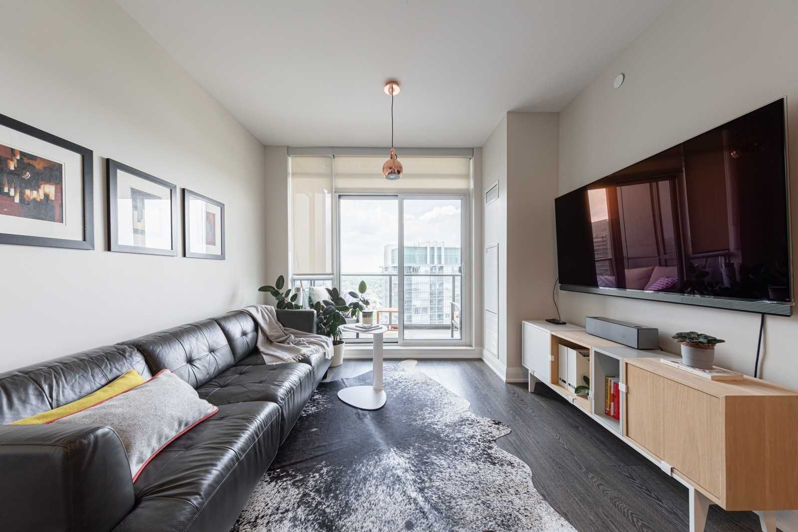 36 Park Lawn Rd, unit 2707 for sale in Toronto - image #1