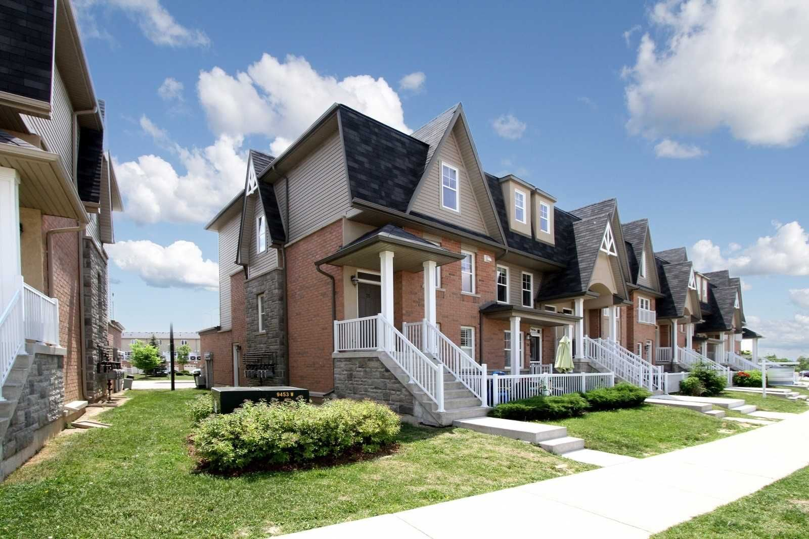 1380 Costigan Rd, unit 25 for sale in Toronto - image #2
