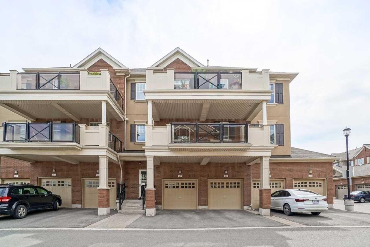 263 Georgian Dr, unit 211 for sale in Toronto - image #1