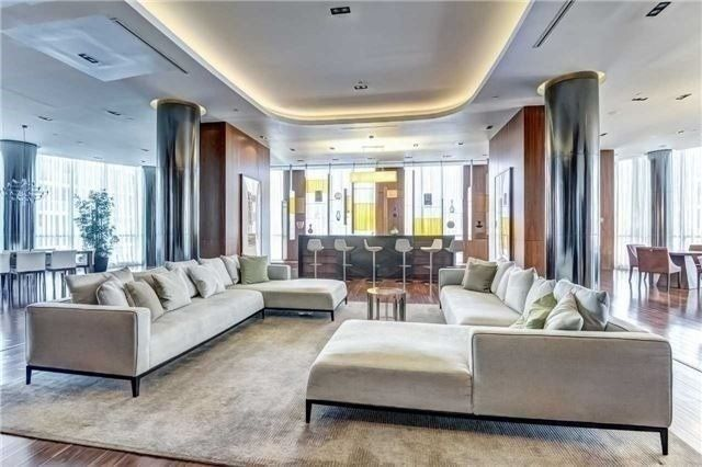 5 Valhalla Inn Rd, unit 2408 for sale in Toronto - image #2