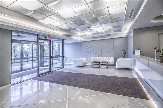 80 Esther Lorrie Dr, unit 912 for sale in Toronto - image #2