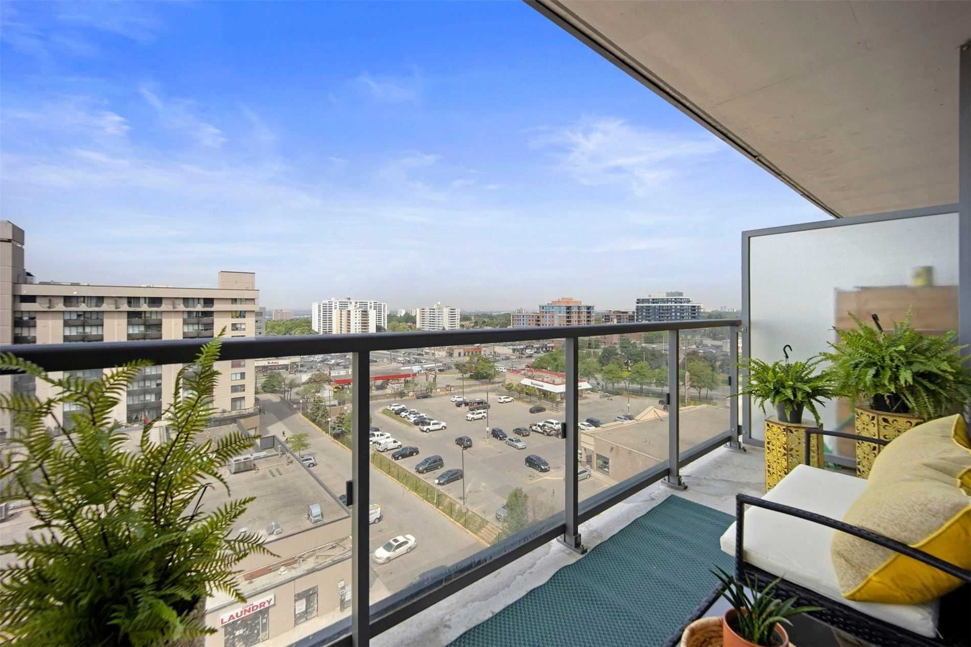 15 James Finlay Way, unit 1003 for sale in Toronto - image #1