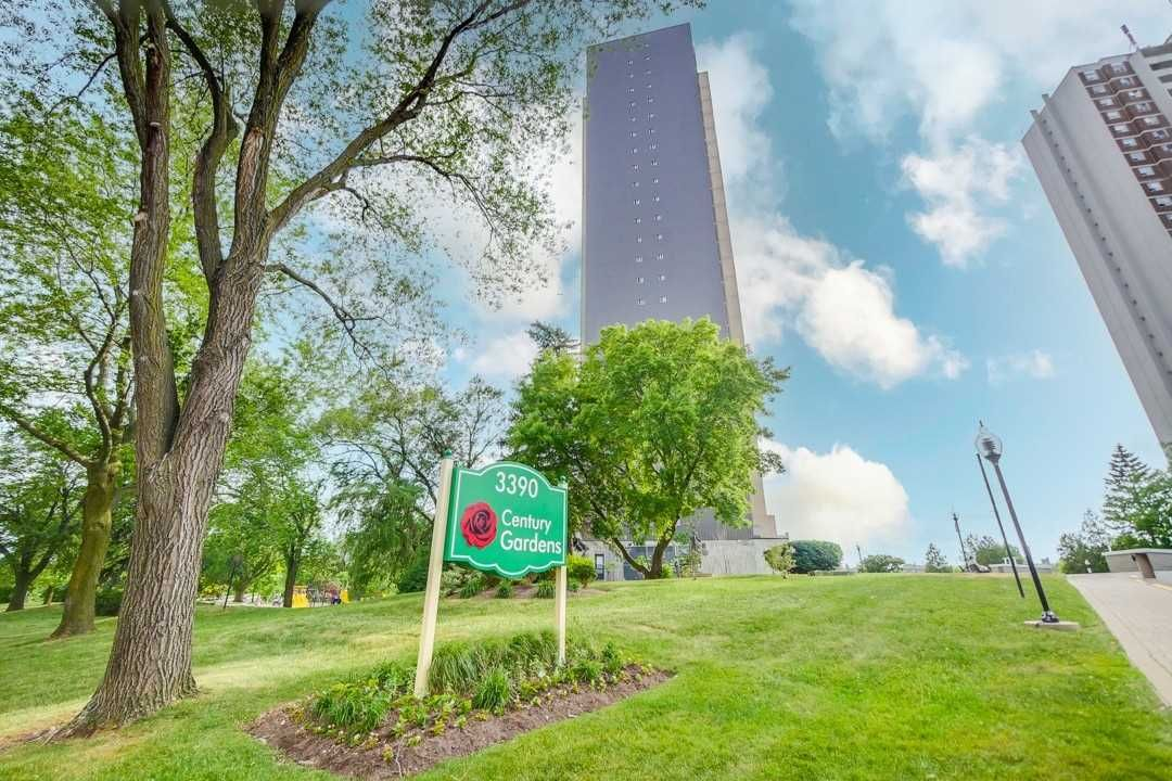 3390 Weston Rd, unit 1609 for sale in Toronto - image #2