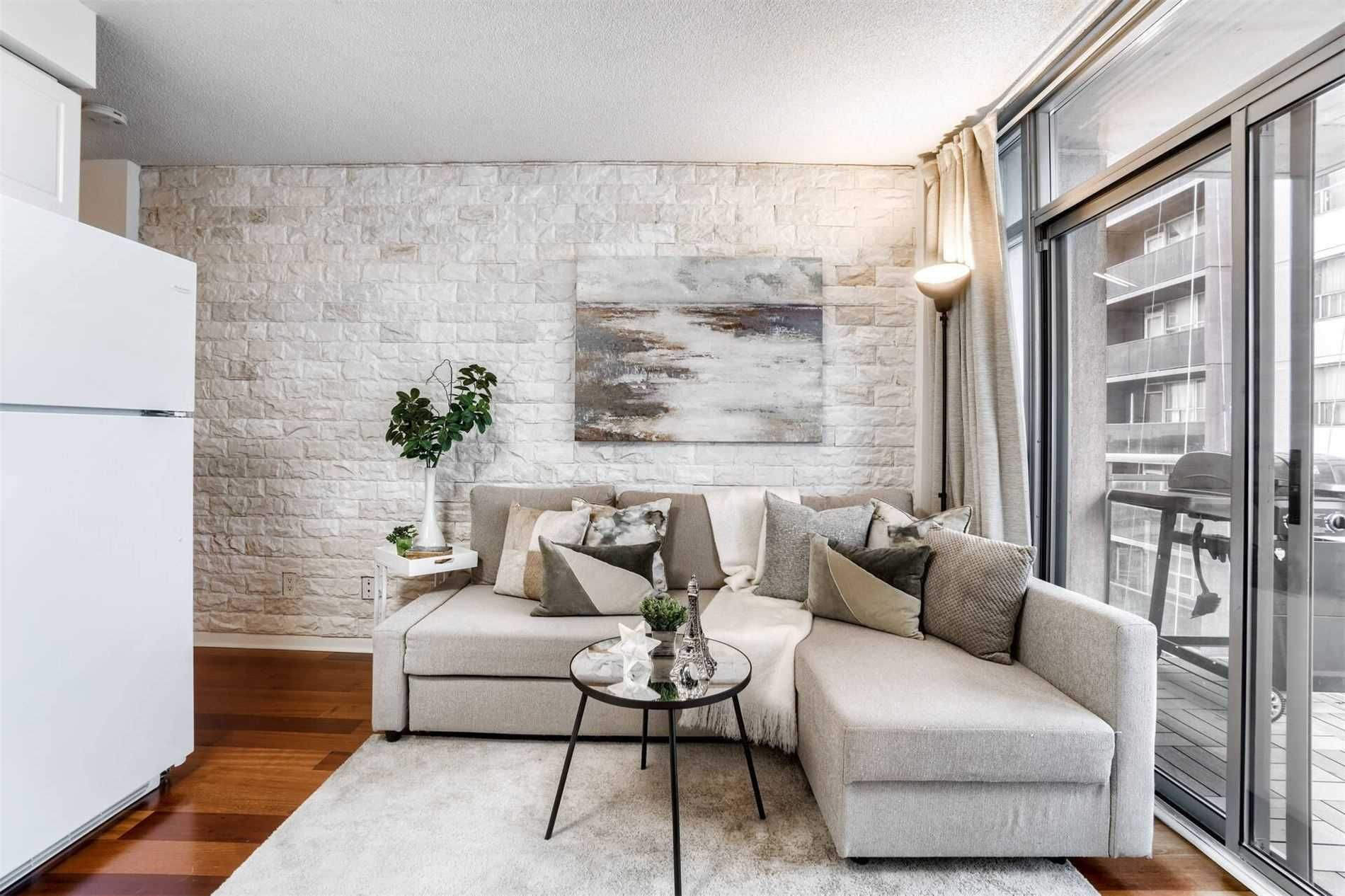 2464 Weston Rd, unit 705 for sale in Toronto - image #1