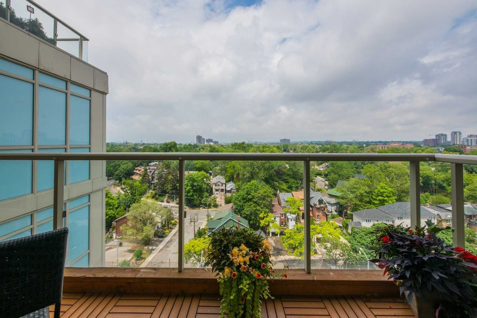1638 Bloor St W, unit 1007 for sale in Toronto - image #2