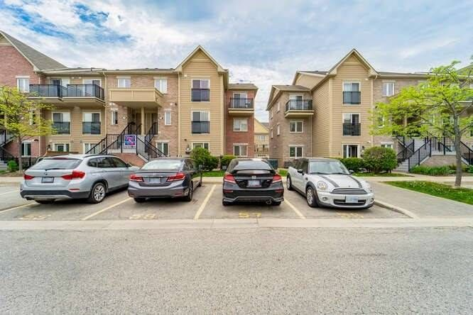 4975 Southampton Dr, unit 182 for sale in Toronto - image #2
