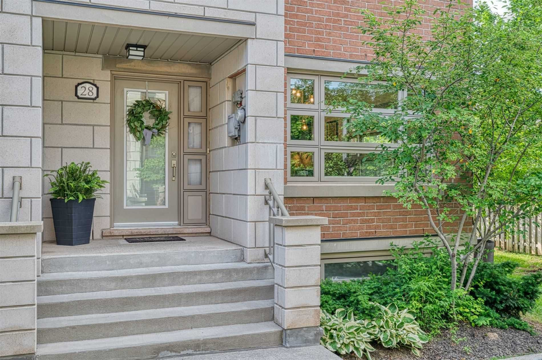 2460 Prince Michael Dr, unit #28 for sale in Toronto - image #2