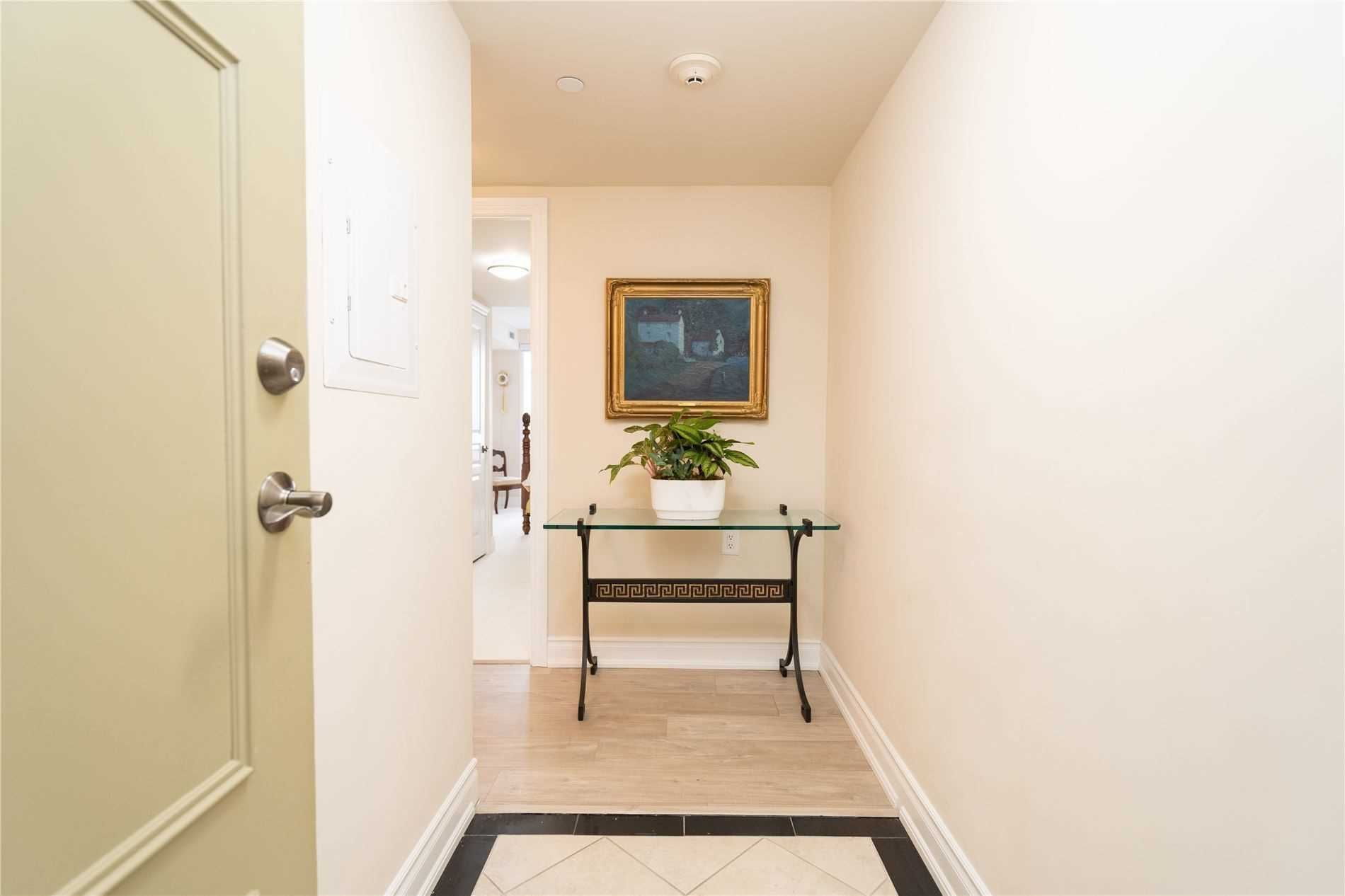 3 Marine Parade Dr, unit 1006 for sale in Toronto - image #2