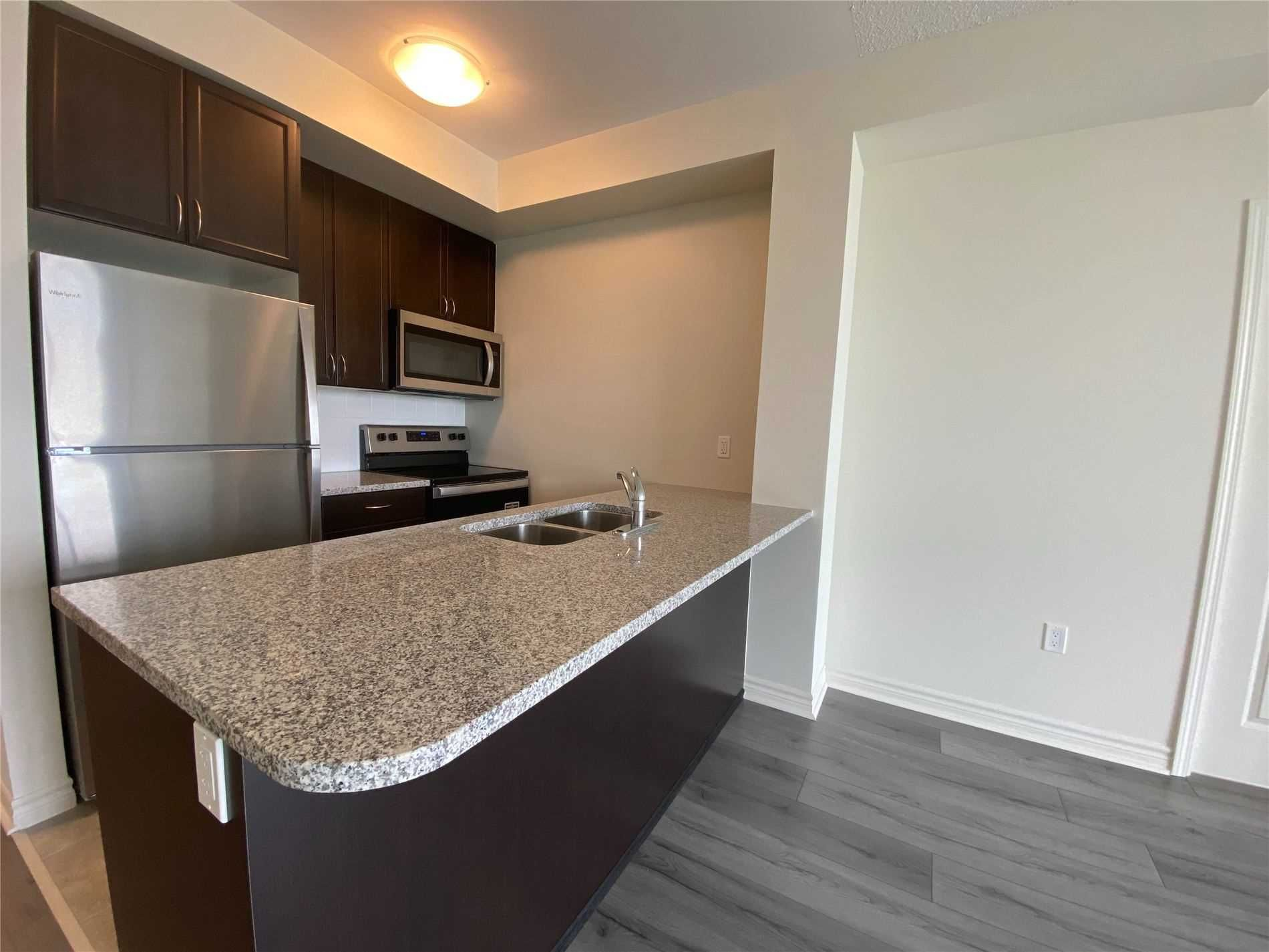 349 Rathburn Rd W, unit 817 for rent in Toronto - image #2