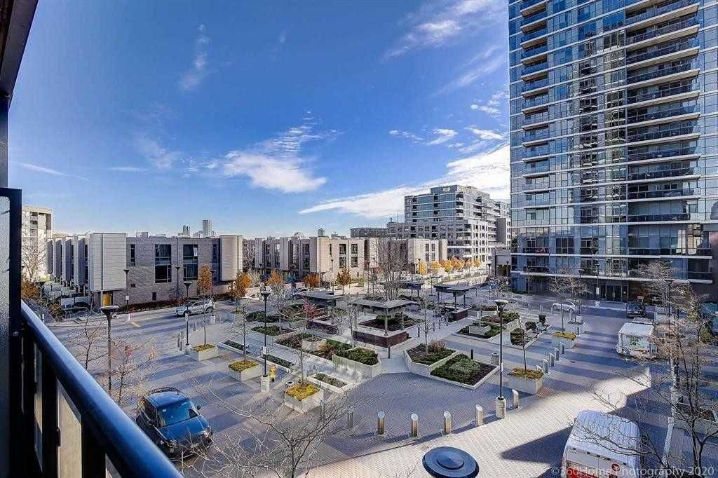 1 Valhalla Inn Rd, unit 304 for sale in Toronto - image #1