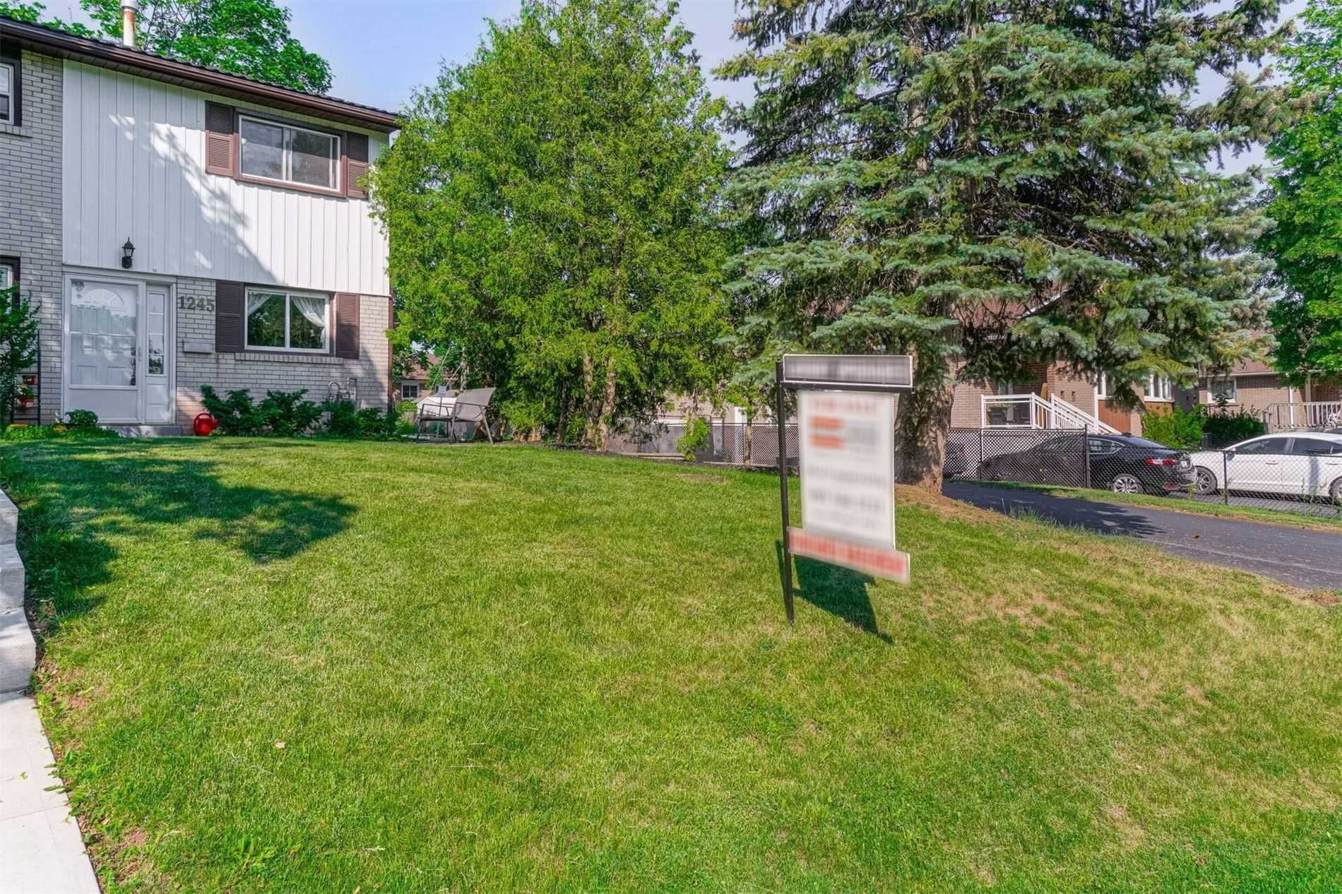 1245 Redbank Cres, unit null for sale in Toronto - image #1