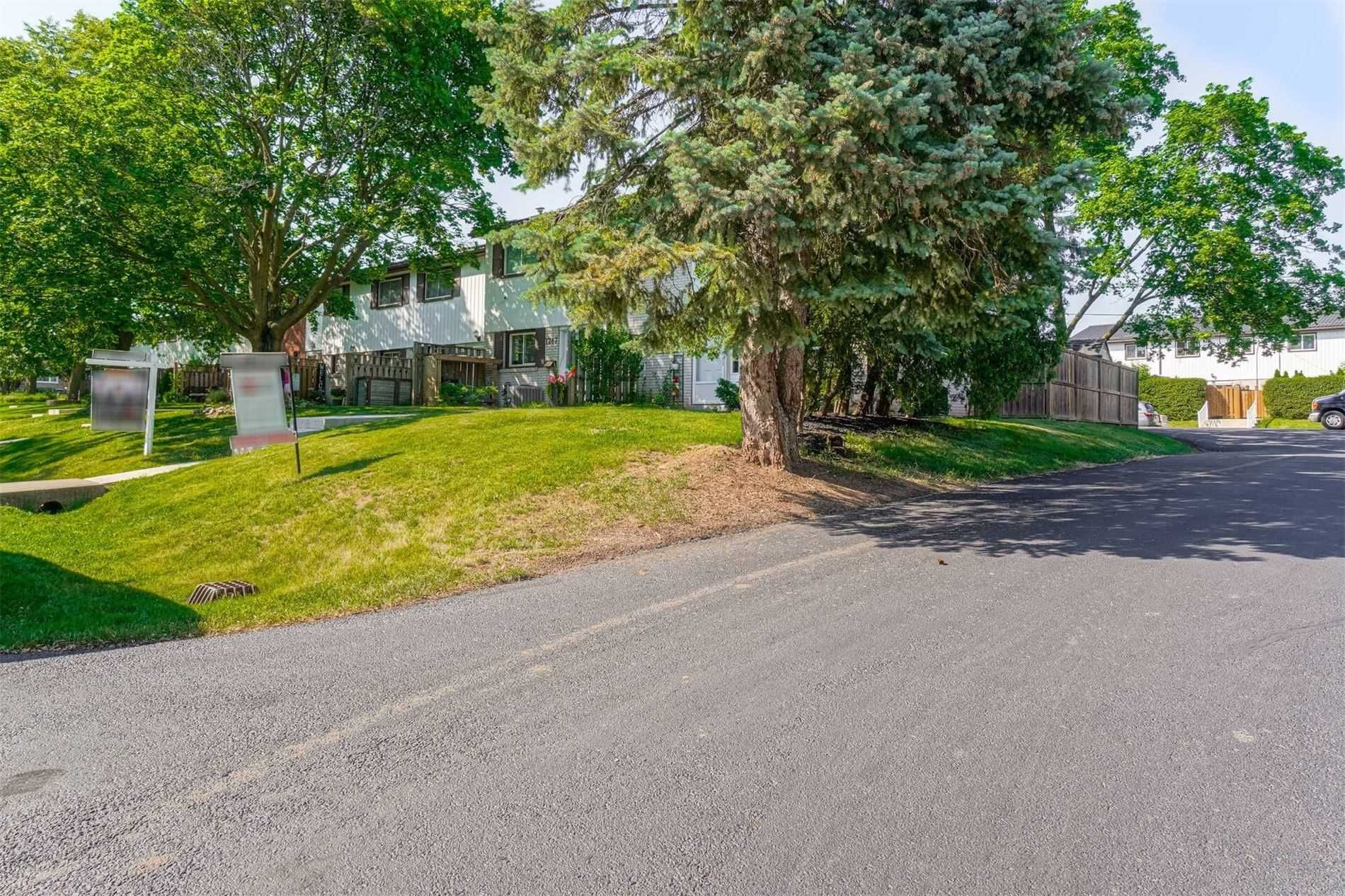 1245 Redbank Cres, unit null for sale in Toronto - image #2