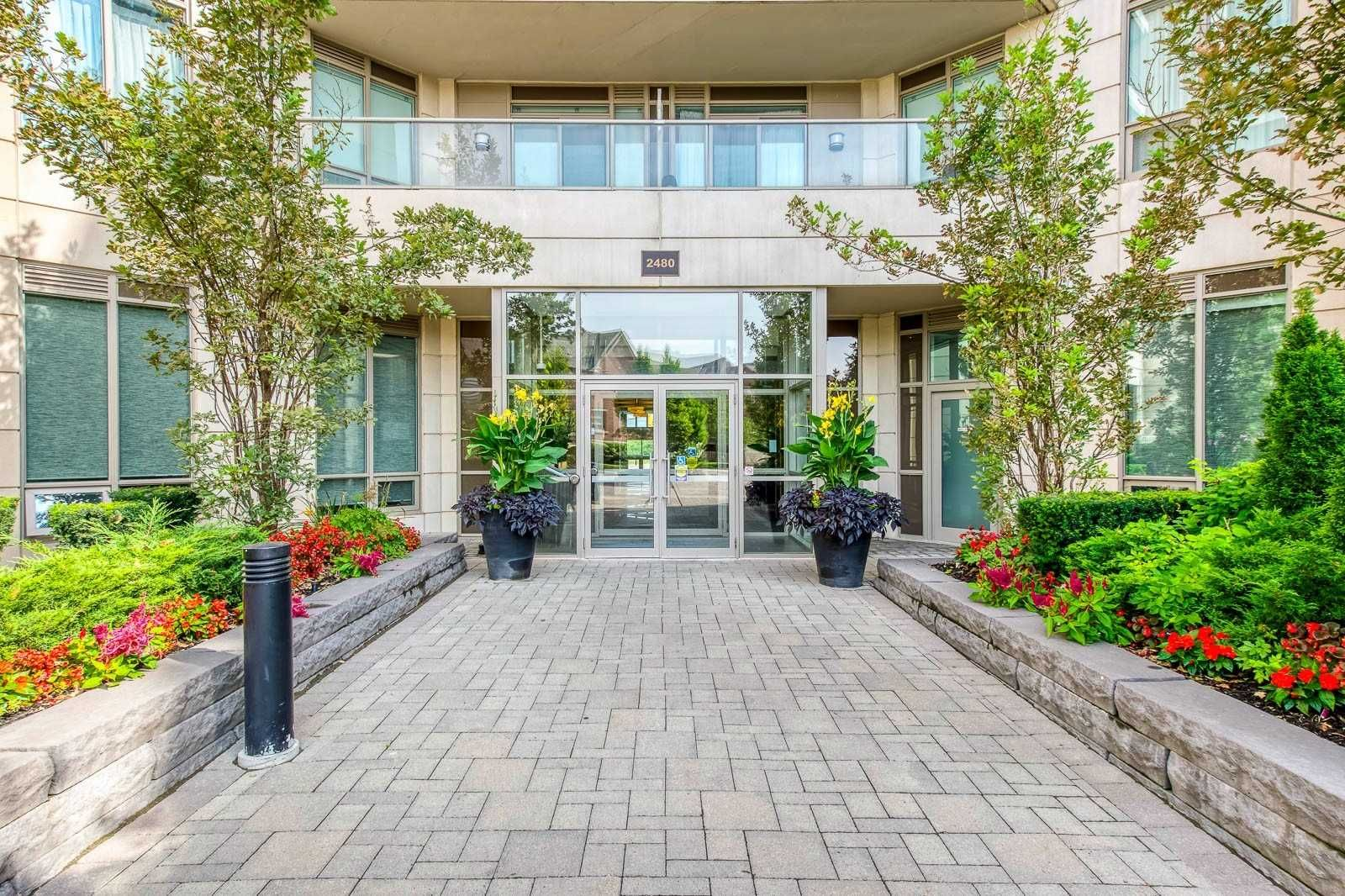 2480 Prince Michael Dr, unit 434 for sale in Toronto - image #2