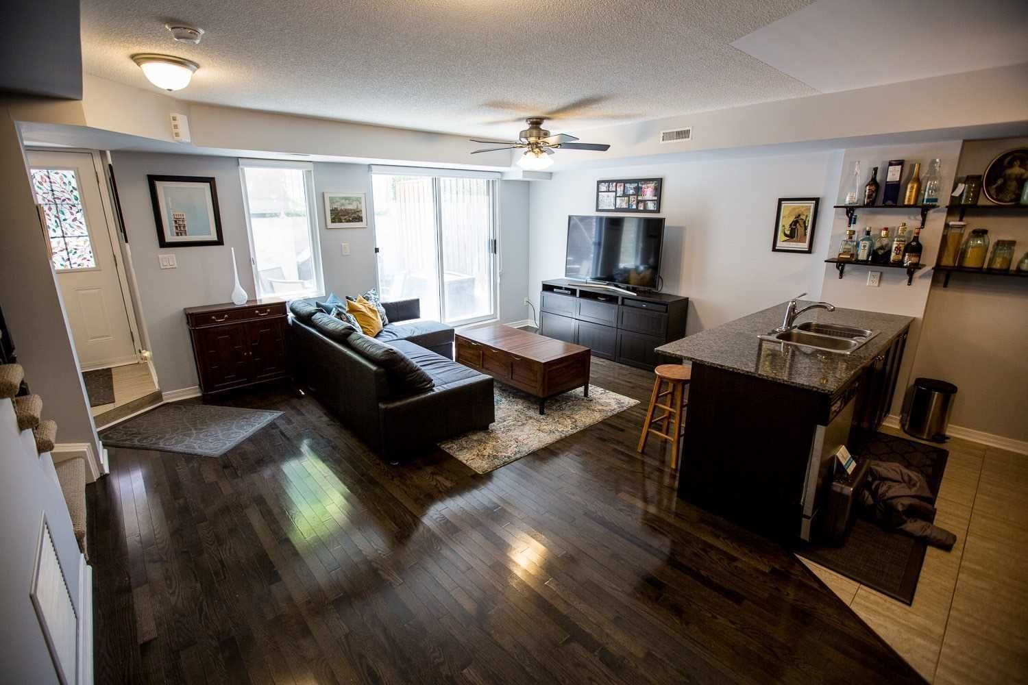 25 Turntable Cres, unit 129 for sale in Toronto - image #2