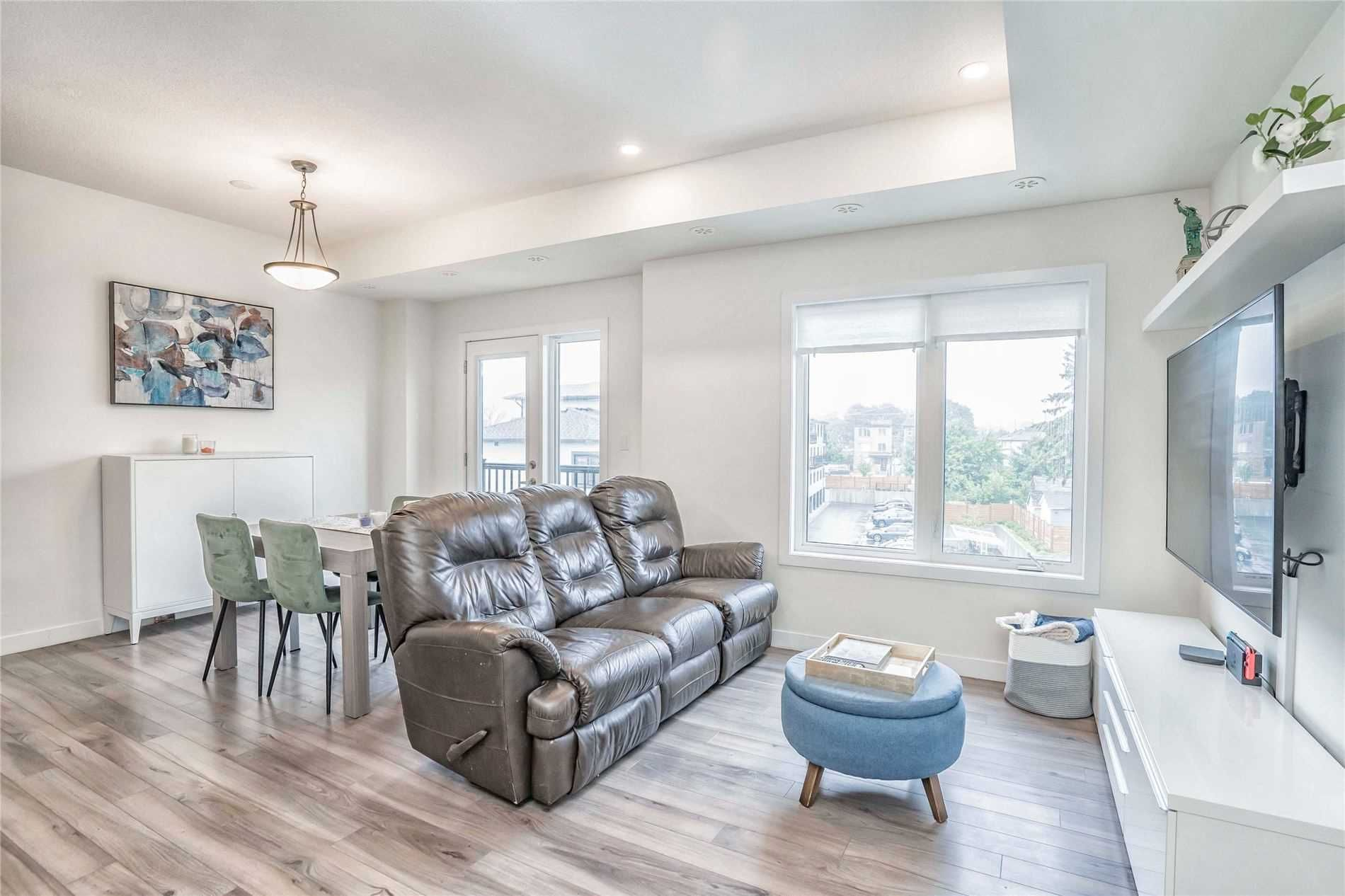 630 Rogers  Rd, unit 25 for sale in Toronto - image #2