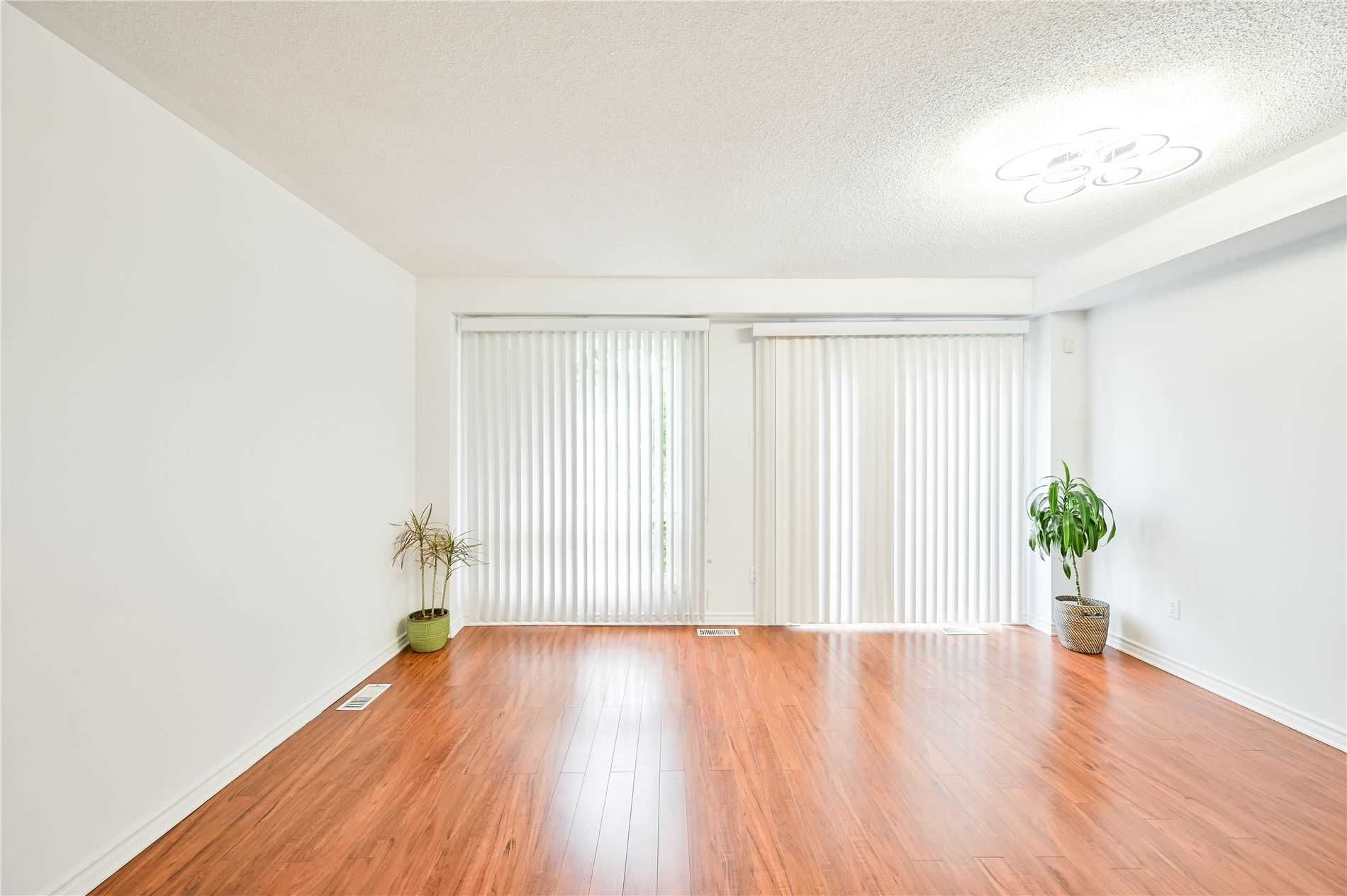 5255 Guildwood Way, unit 86 for sale in Toronto - image #2