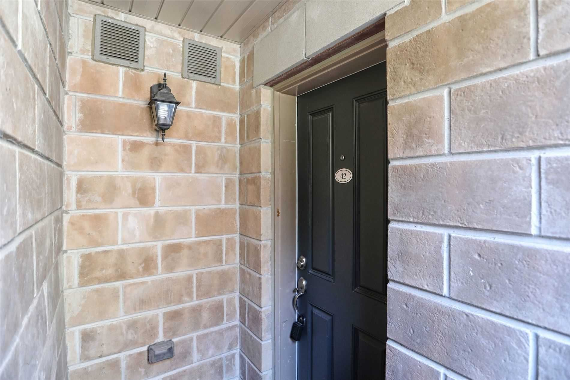 2315 Sheppard Ave, unit 42 for sale in Toronto - image #2
