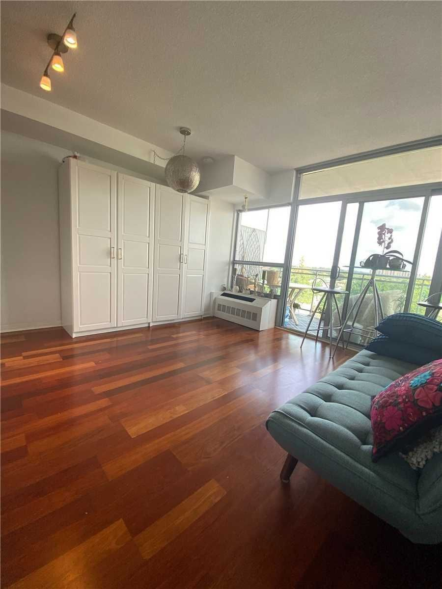 2464 Weston Rd, unit 602 for rent in Toronto - image #2