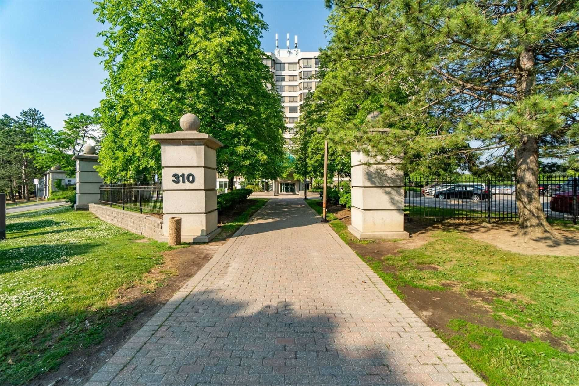 310 Mill St S, unit 706 for sale in Toronto - image #2