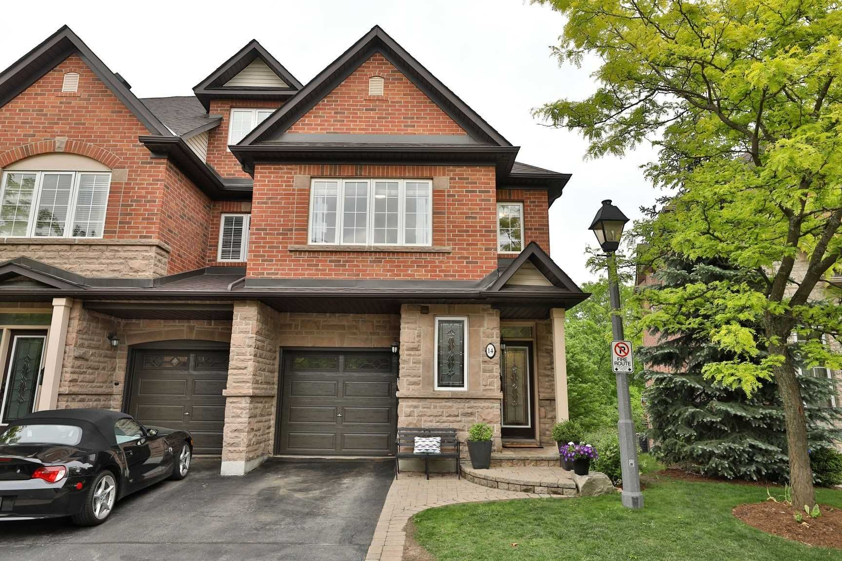 300 Ravineview Way, unit 14 for sale in Toronto - image #2