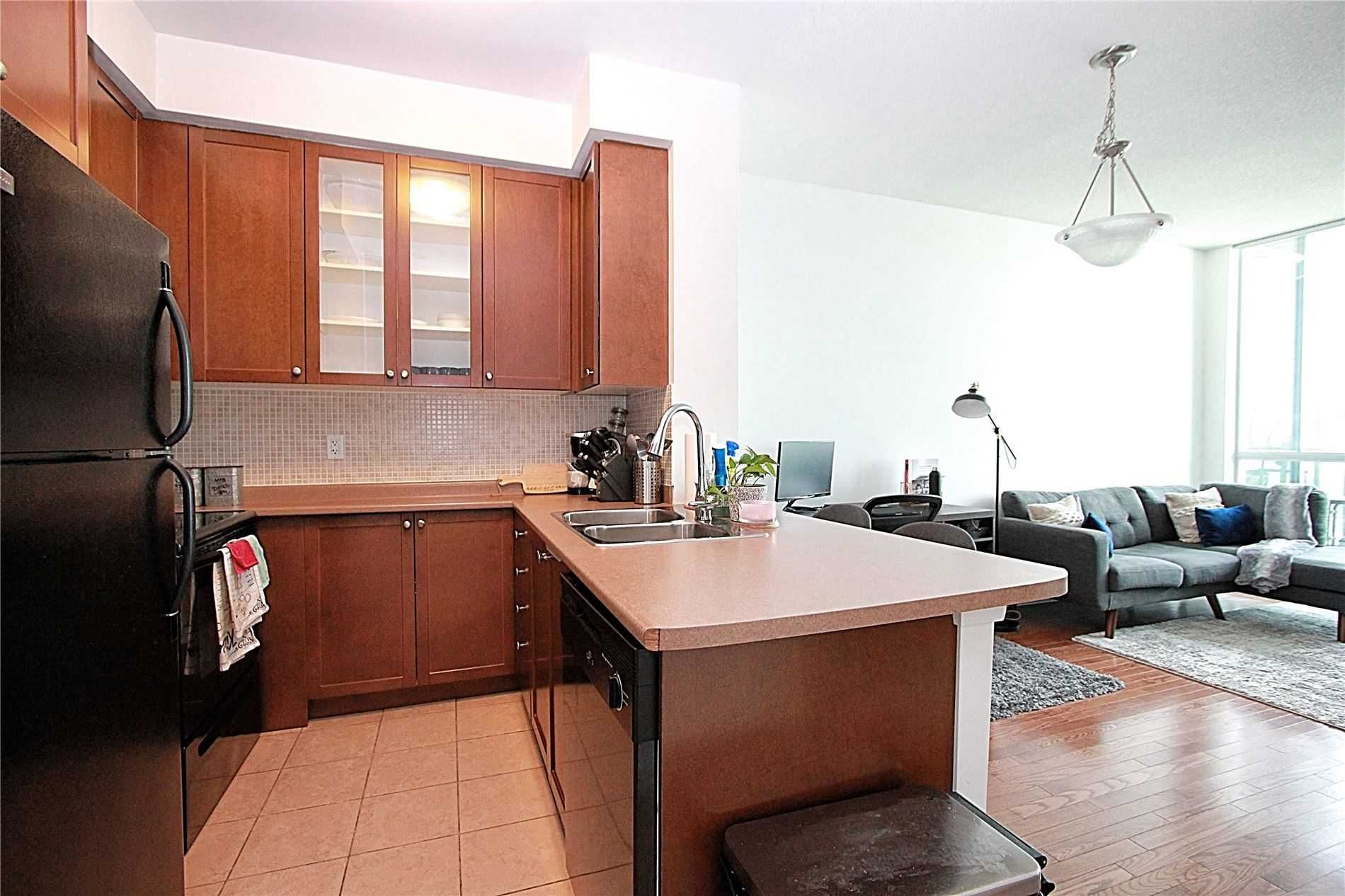 235 Sherway Gardens Rd, unit 2508 for rent in Toronto - image #2